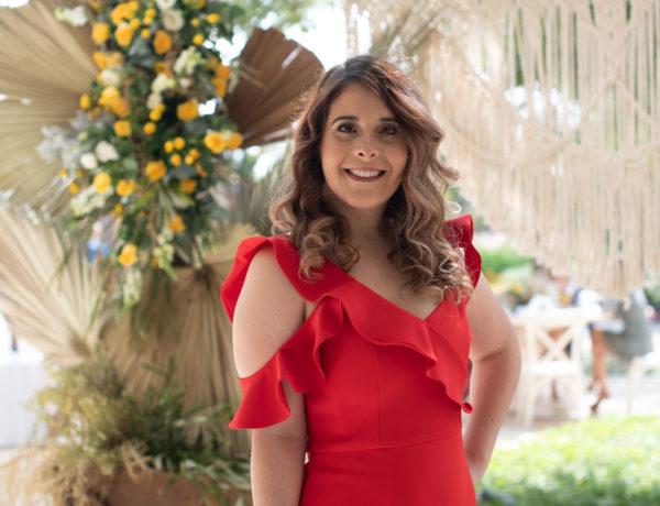 Romina Obando está próxima a casarse.