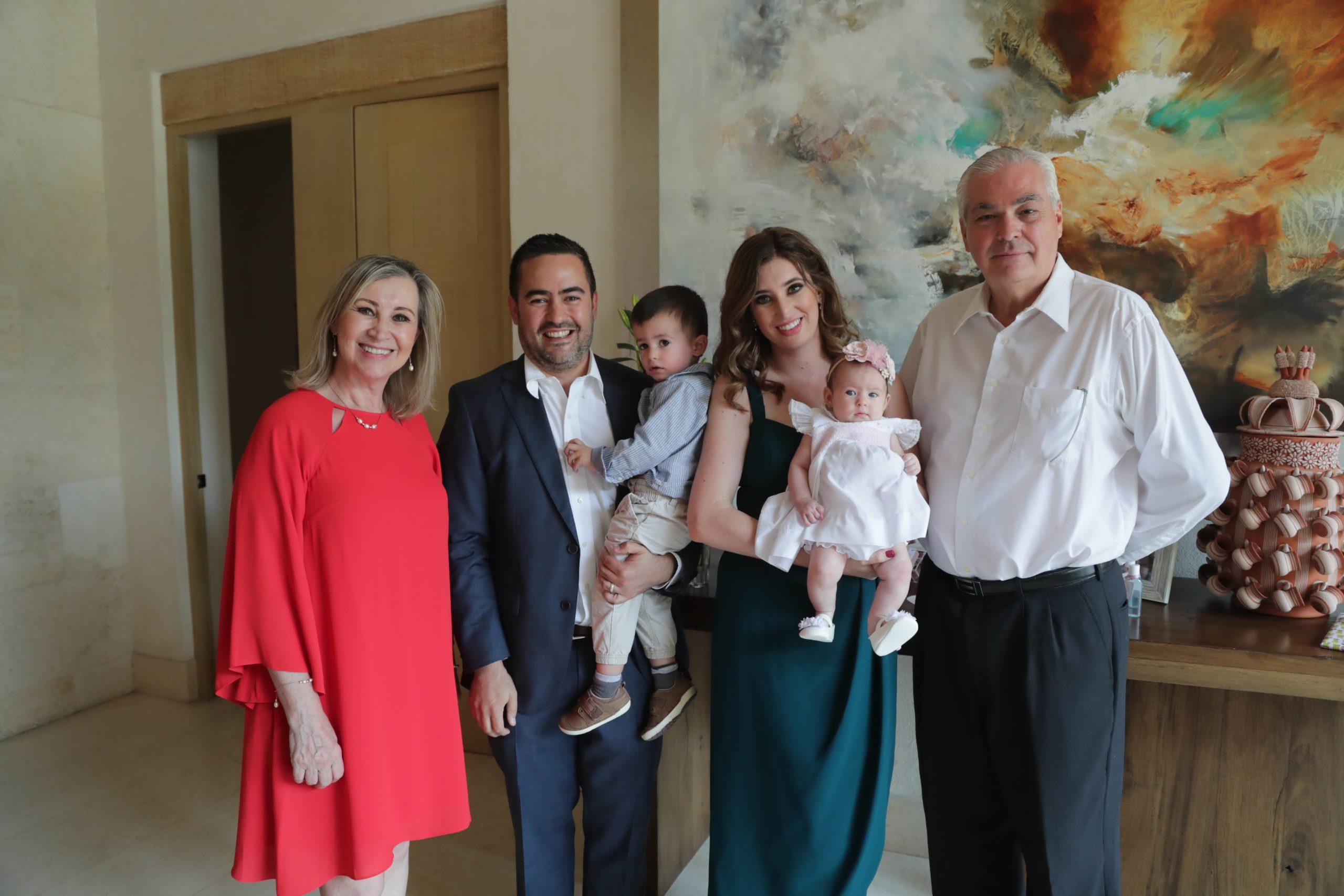 Irma De la Garza, familia Arizpe Santoscoy y Ernesto Santoscoy.