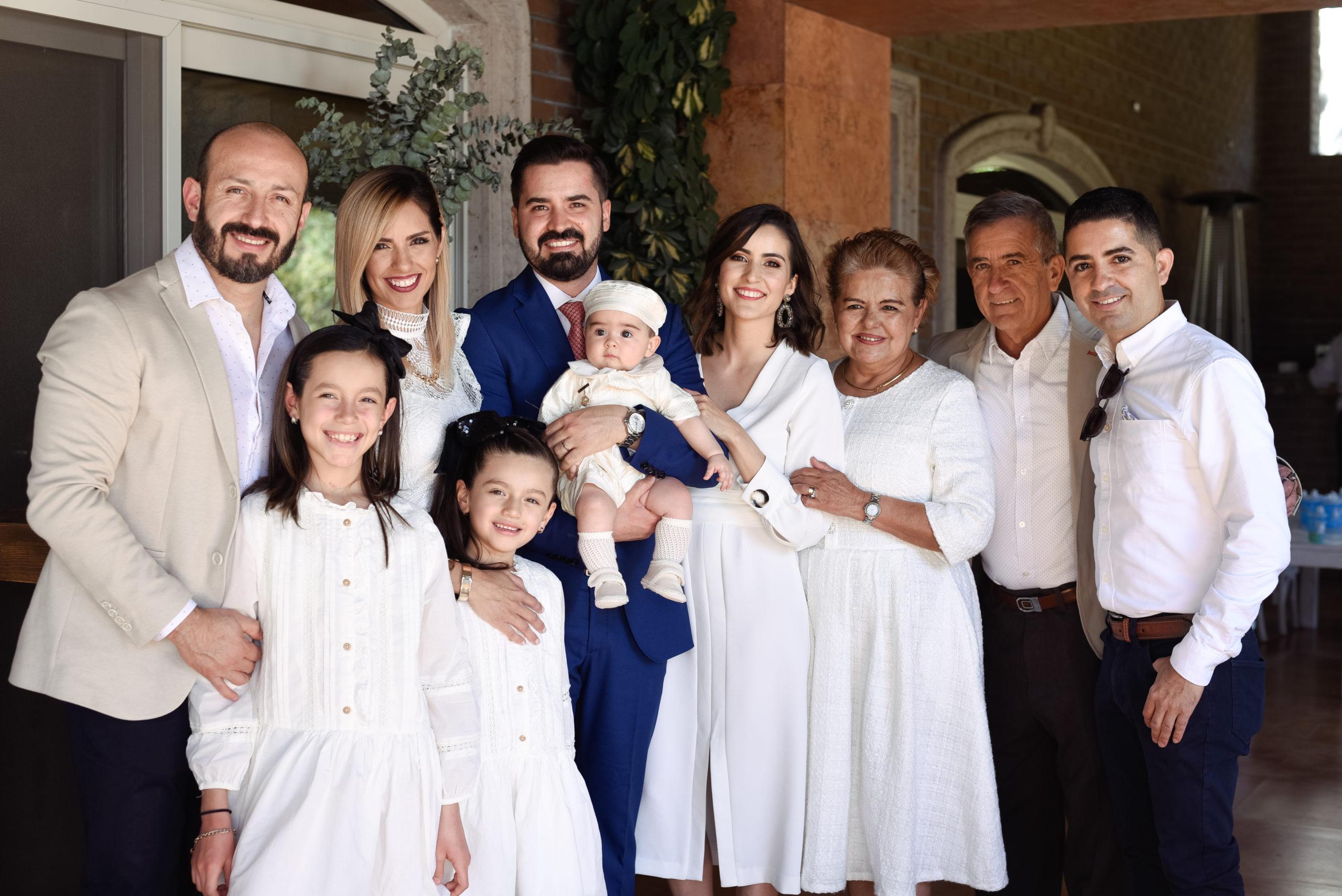 Chuy Barraza, Mayita Mellado, María Reneé Barraza, Ana Gaby Barraza. Jorge Alanís y Vero Mellado con Jorge, Marisela y Bernardo Mellado, y Bernardo Mellado.