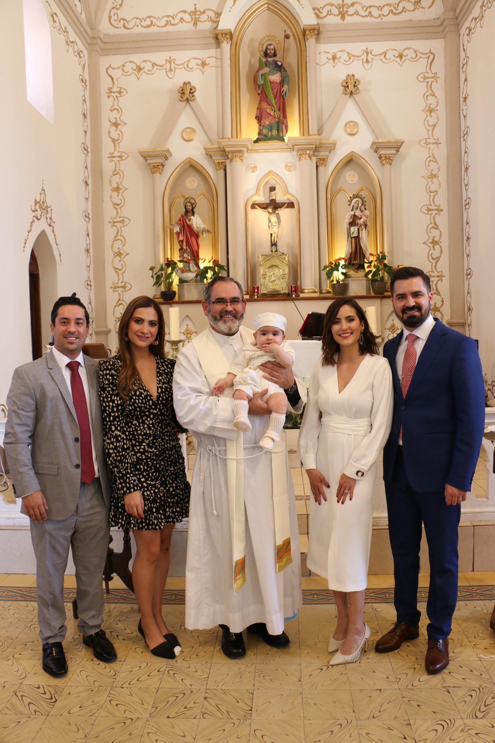 Fernando López, Sofía González, P. Fernando Torres L.C, Jorge, Verónica Mellado y Jorge Alanís.
