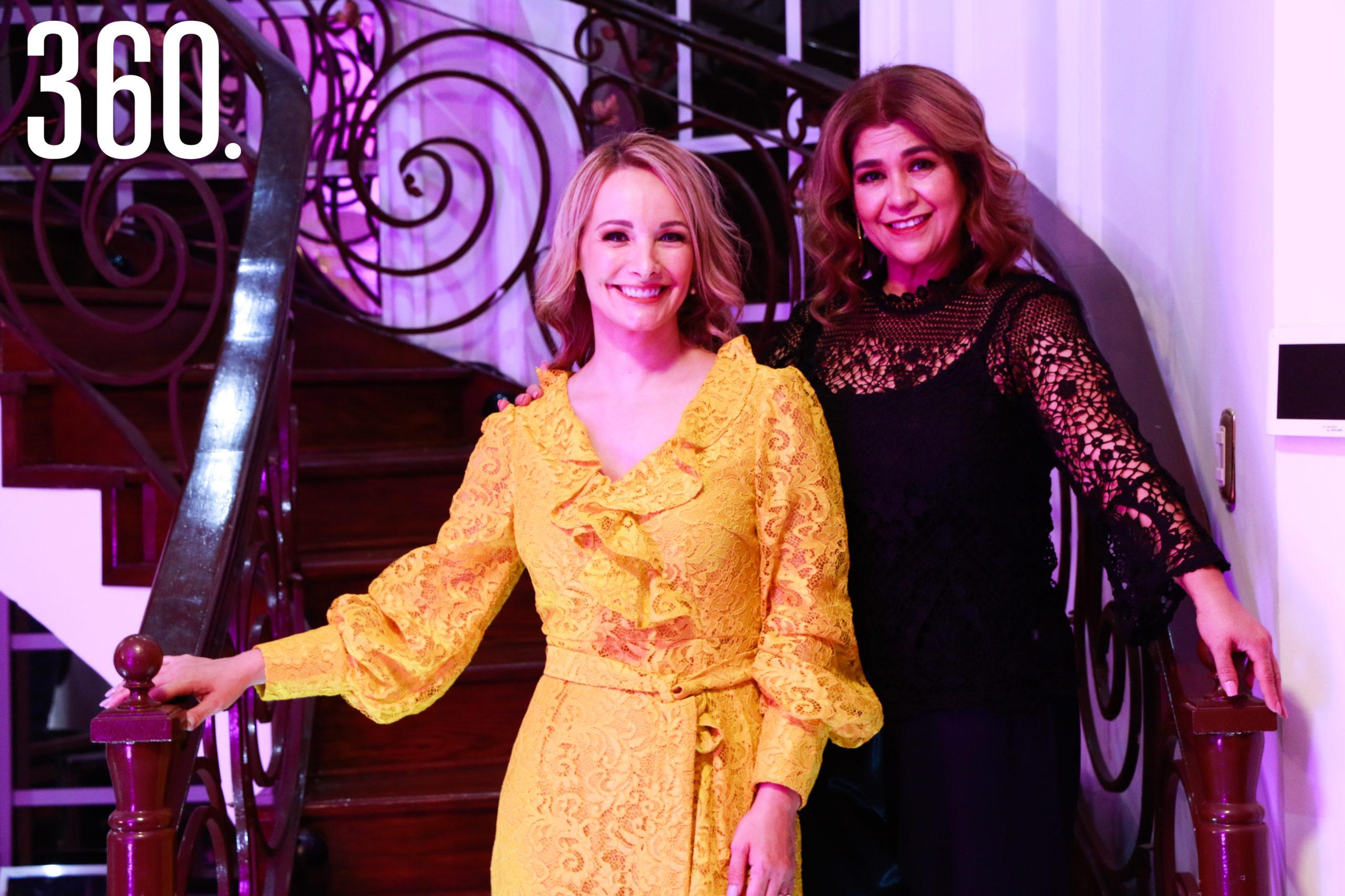 Lorena con Betise Valdés, organizadora de la fiesta.