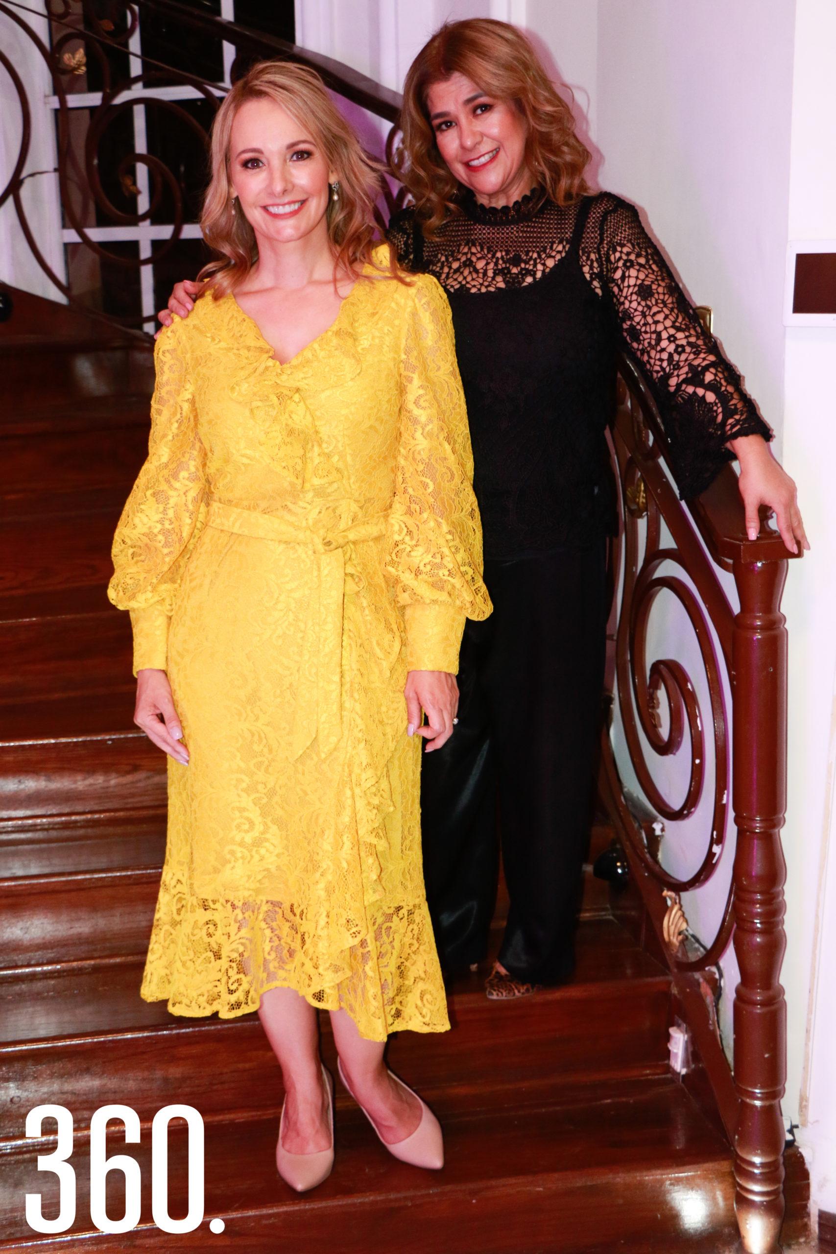 Lorena con Betise Valdés.