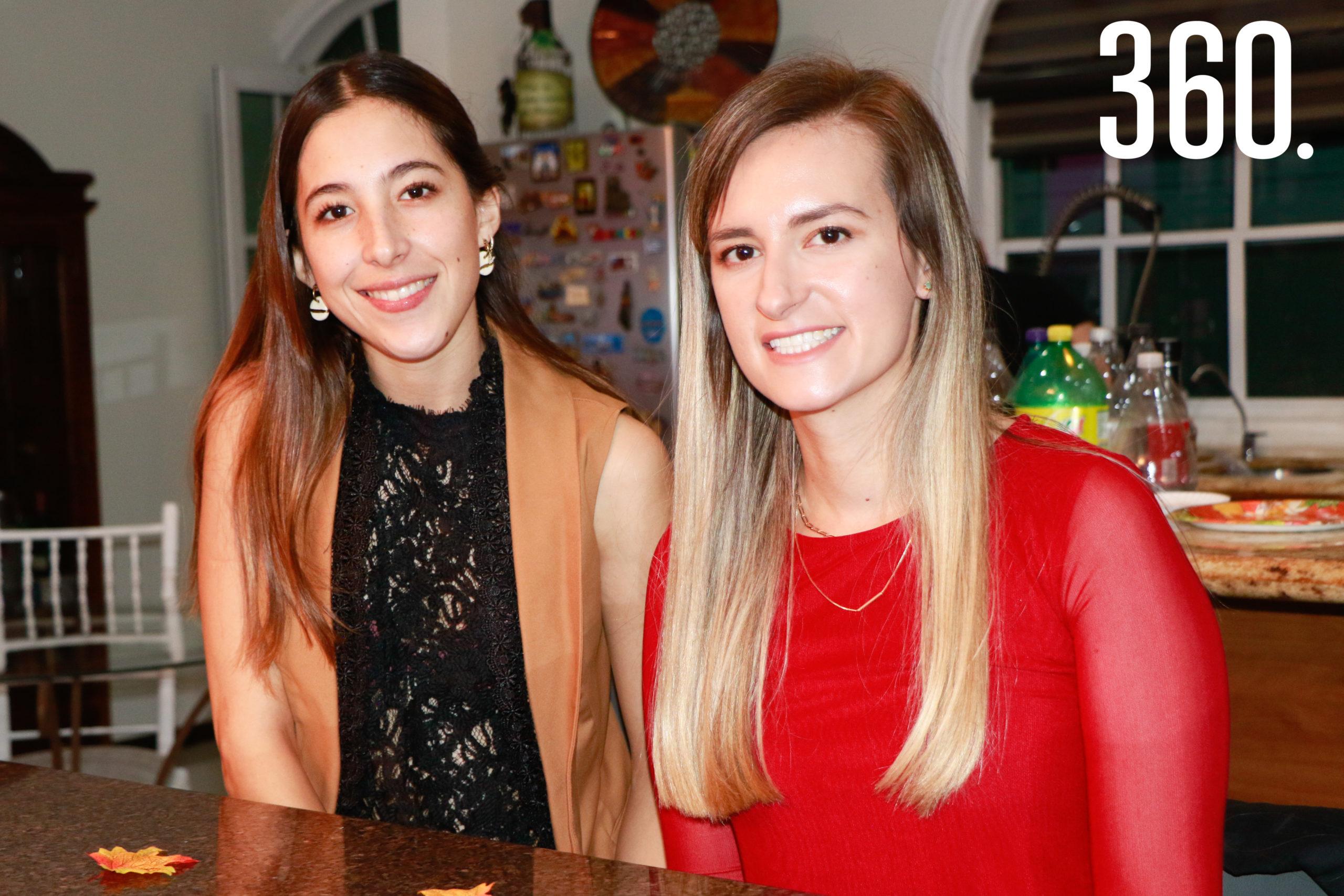 Laura Salas y Valeria Luévano.