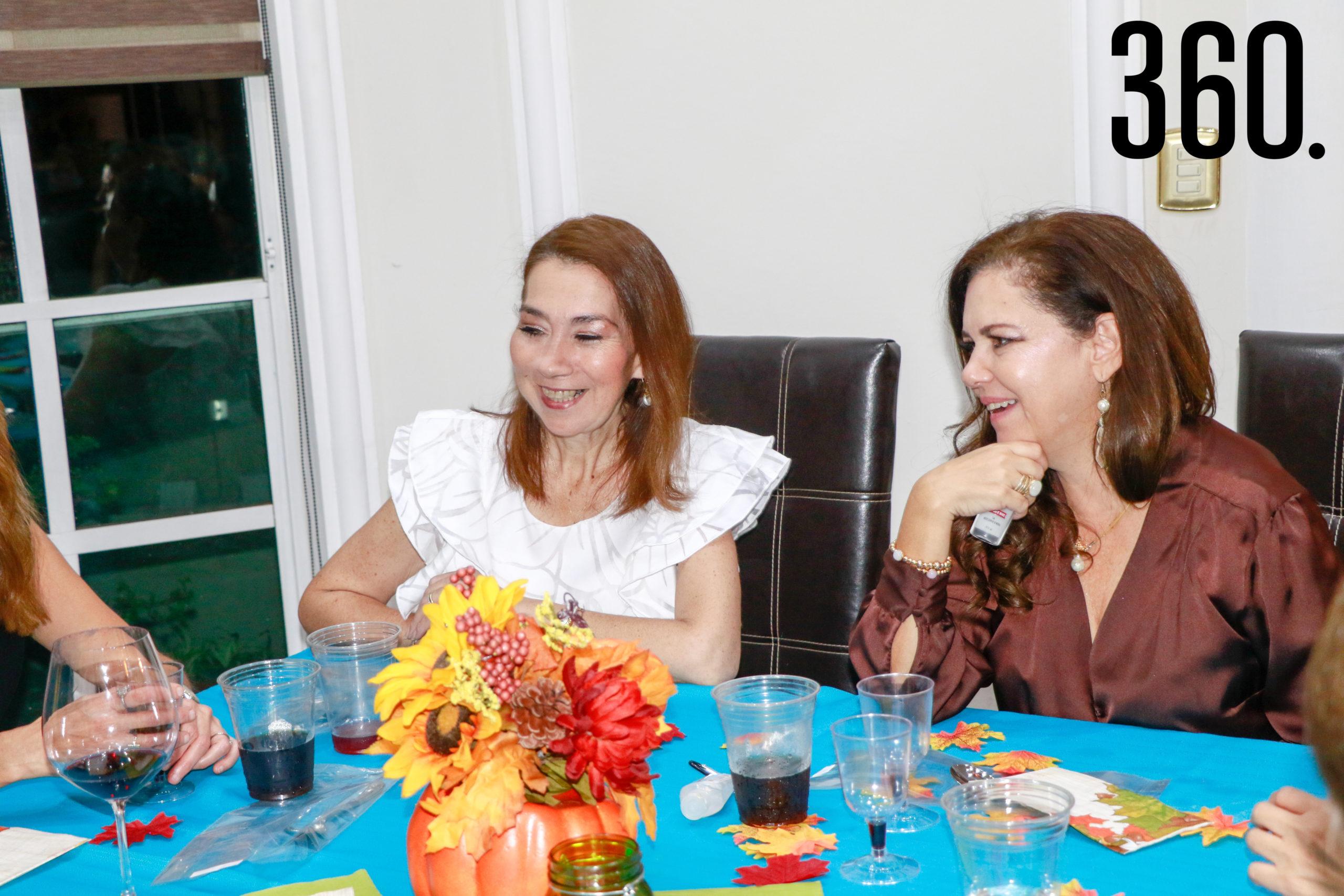 Tere Barrera y Alicia Farías.
