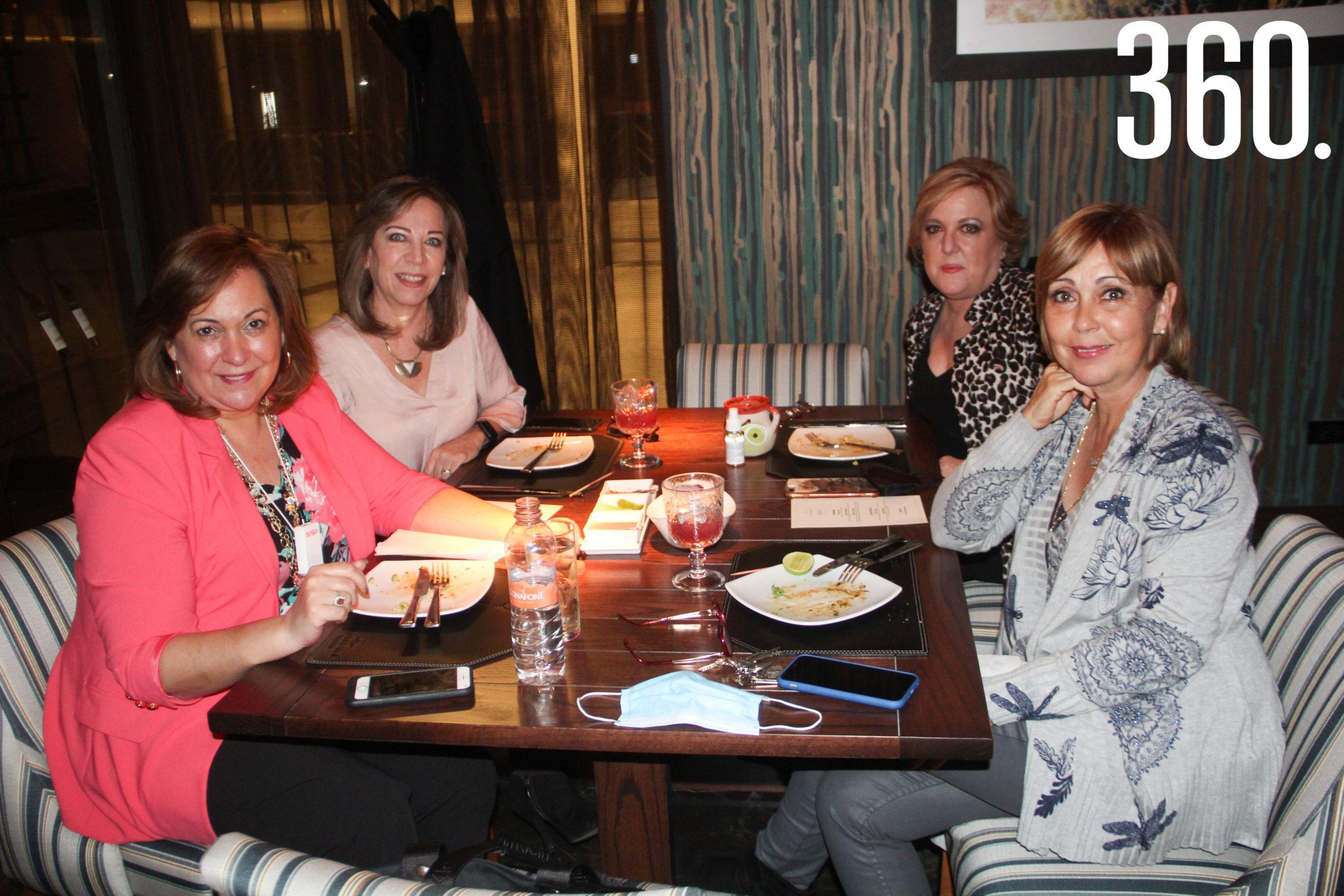 Cecilia López, Cecilia Padilla, Paty Martínez y Gabriela Parra.