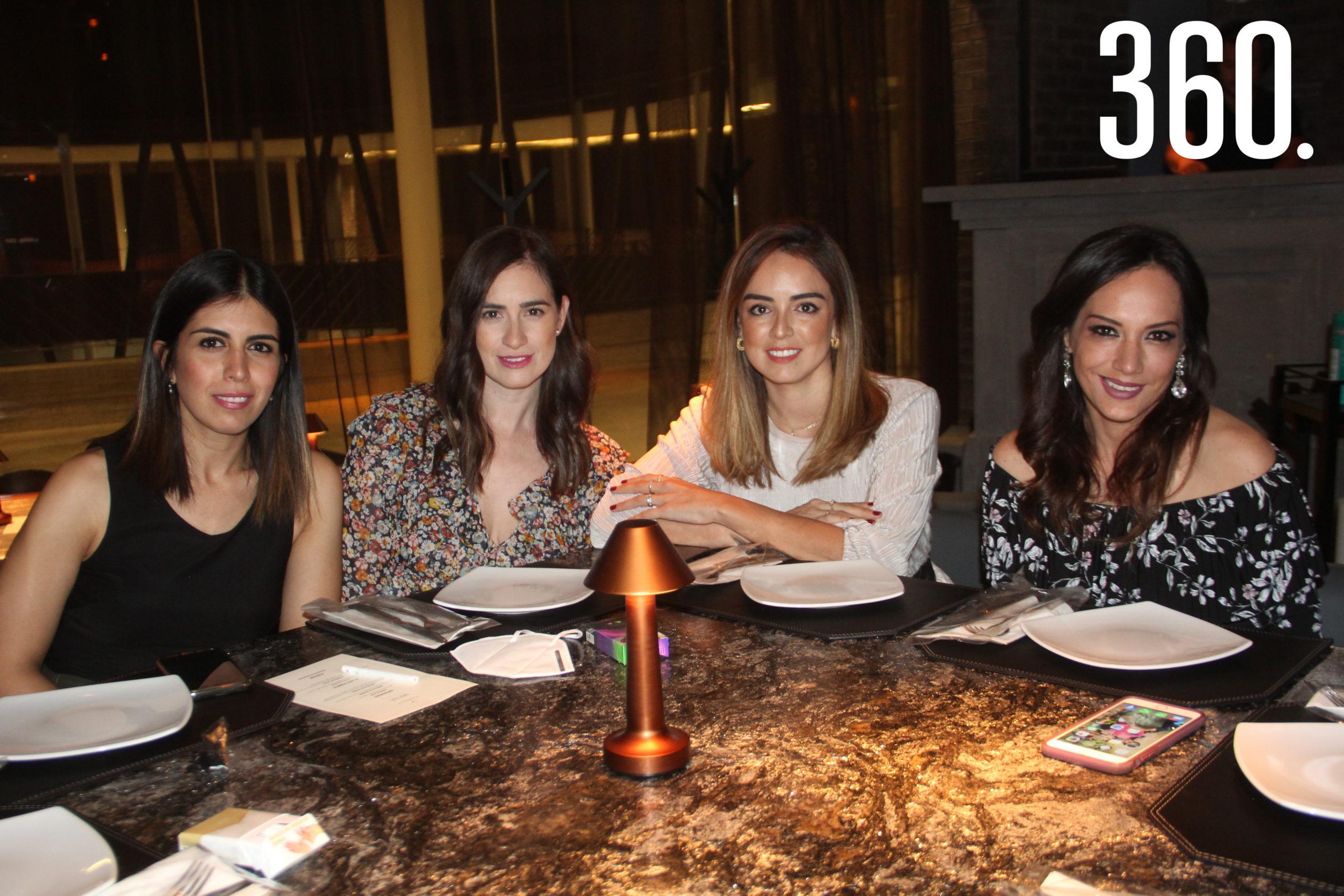 Marisol Méndez, Melina Rivera, Diana Gutiérrez y Cristina Aguirre.