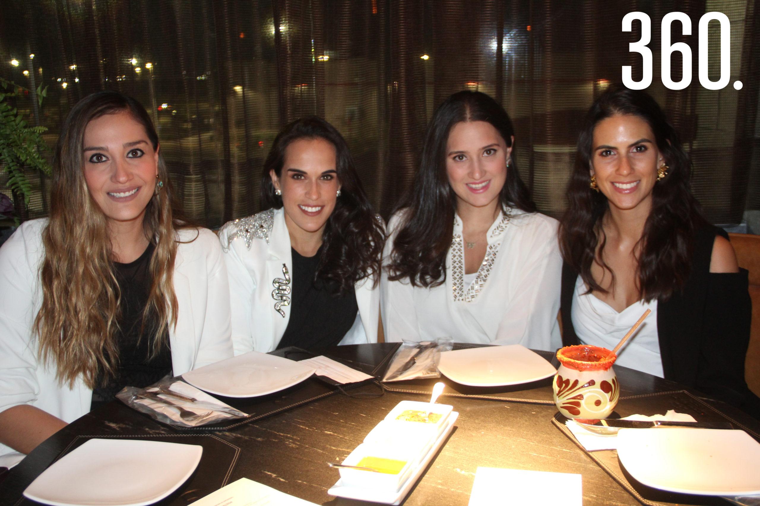 Andrea Hernández, Martis López, Gaby Lozano y Nona Salinas.