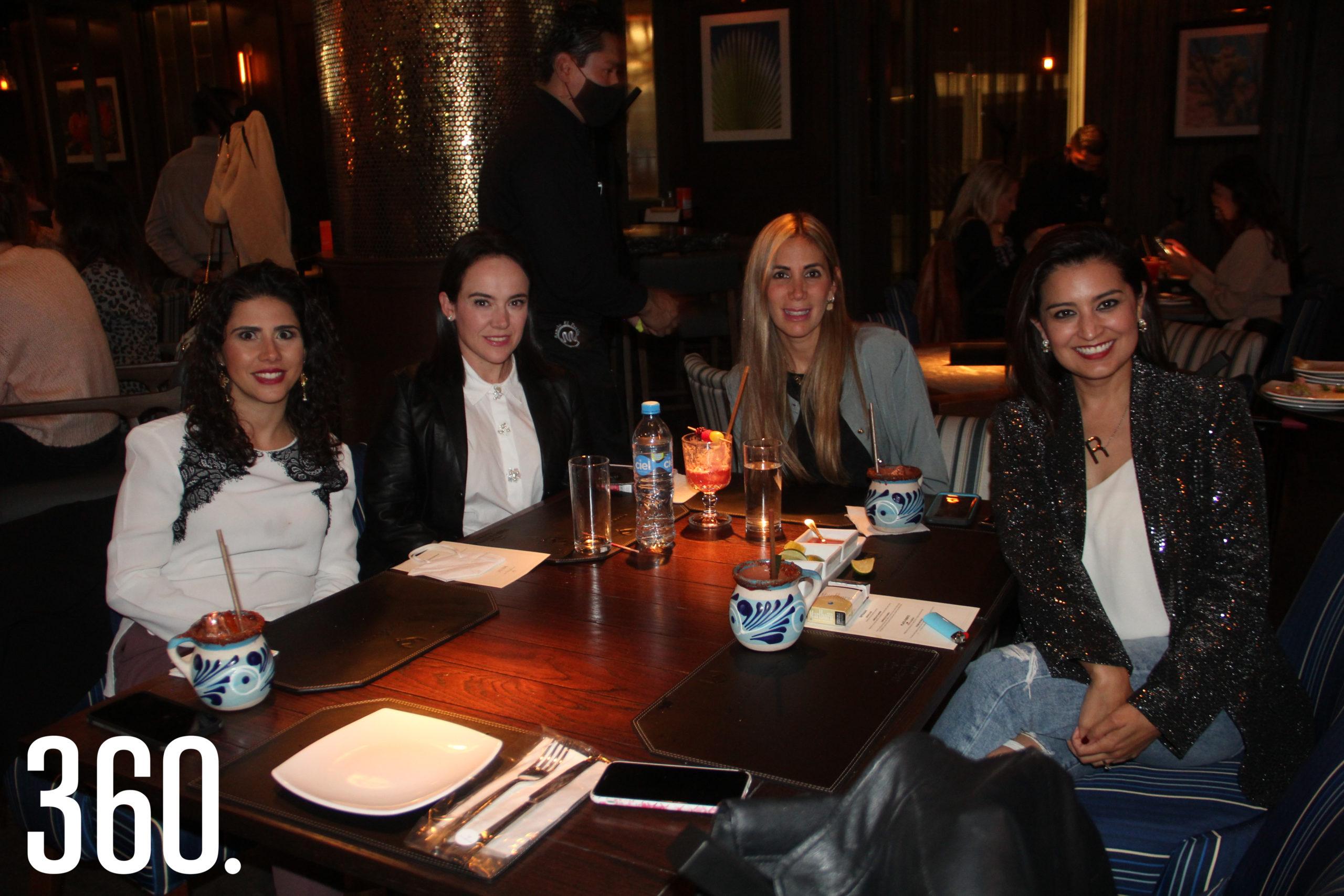 Brenda Talamás, Mariana Arizpe, Daniela José y Rosa Martha Valdez.