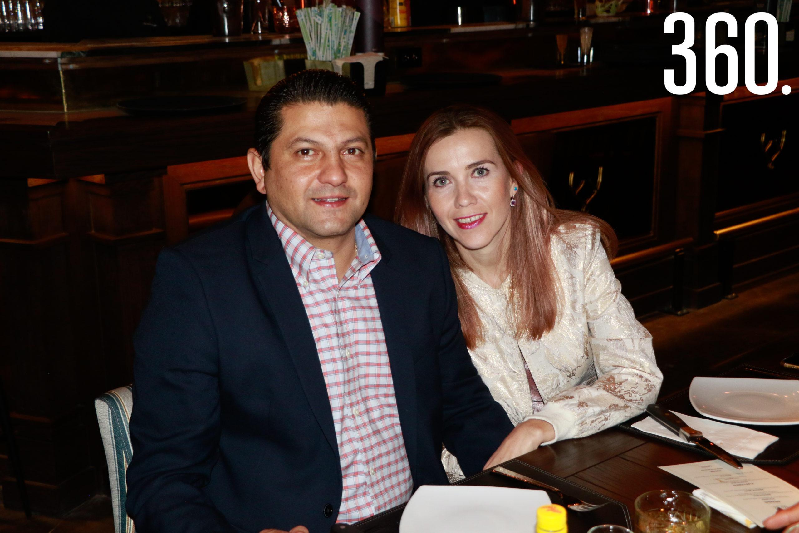 Juan Carlos Villarreal y Laura Nelly Saucedo.