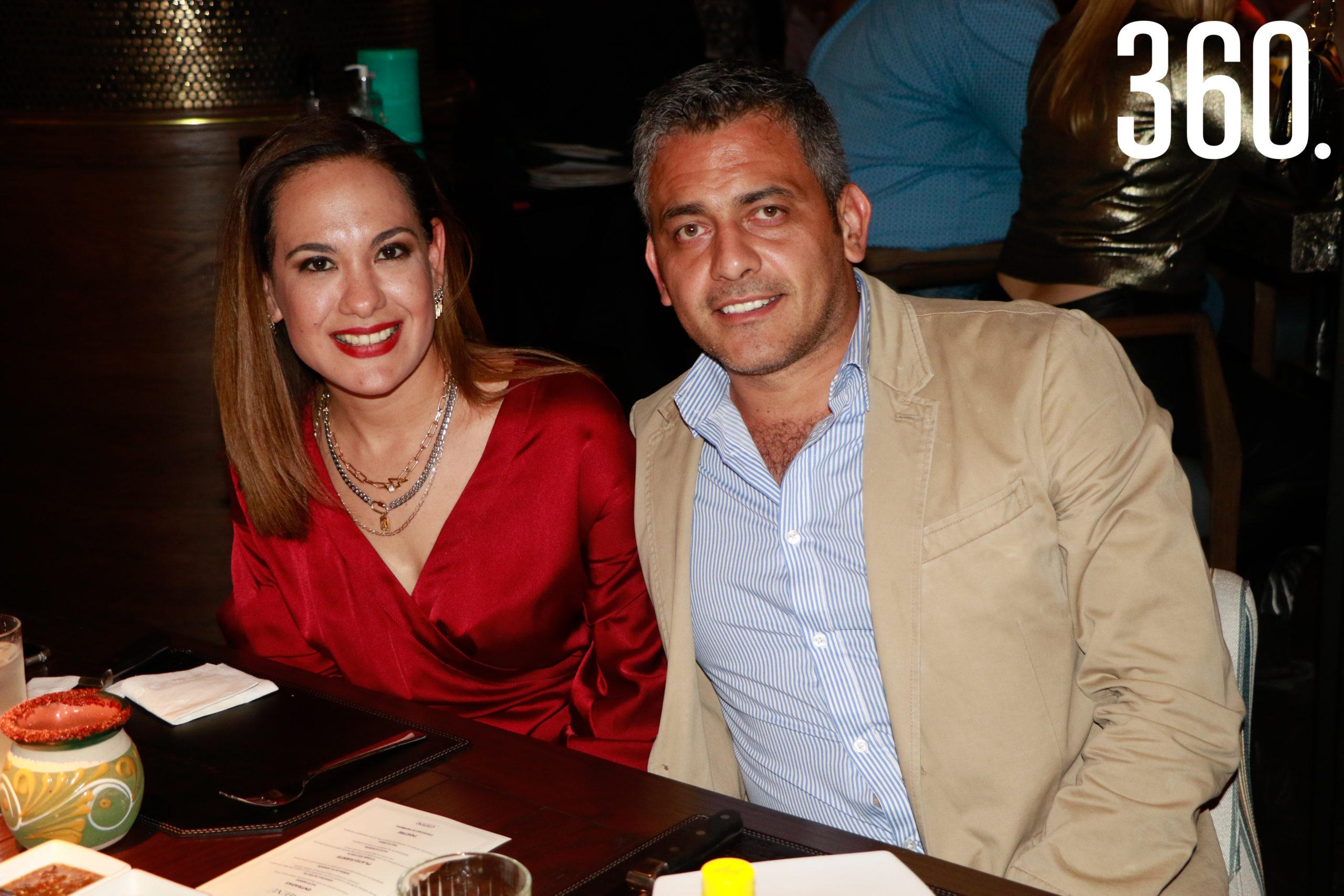 Ana Lidia Villarreal y Juan Guevara.