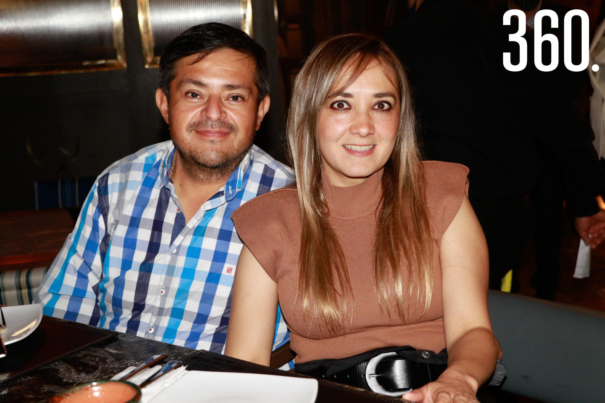 José Luis Siller y Karla Ramos.