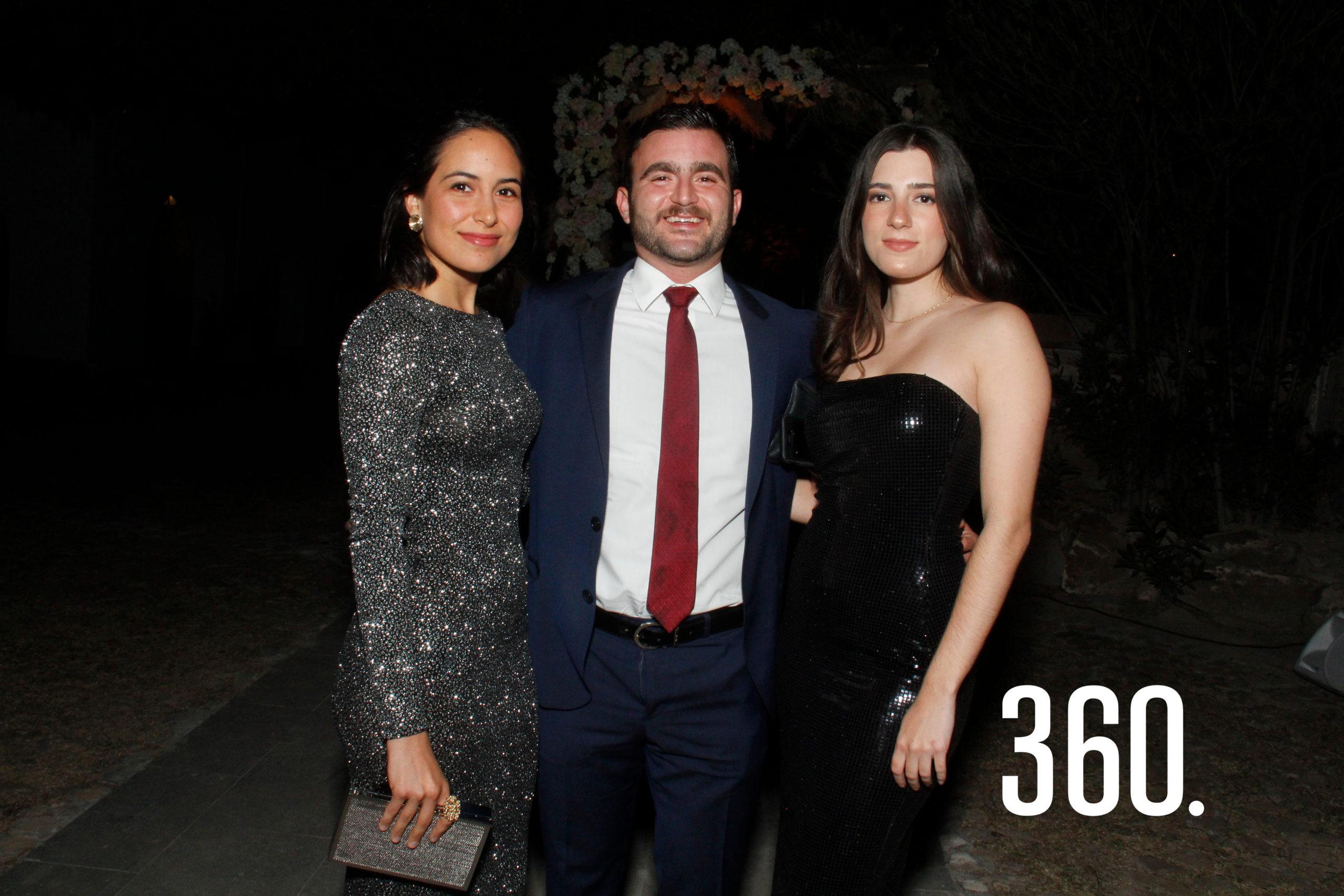 Fernanda Armella, Luis Saracho y Ale Dávila.