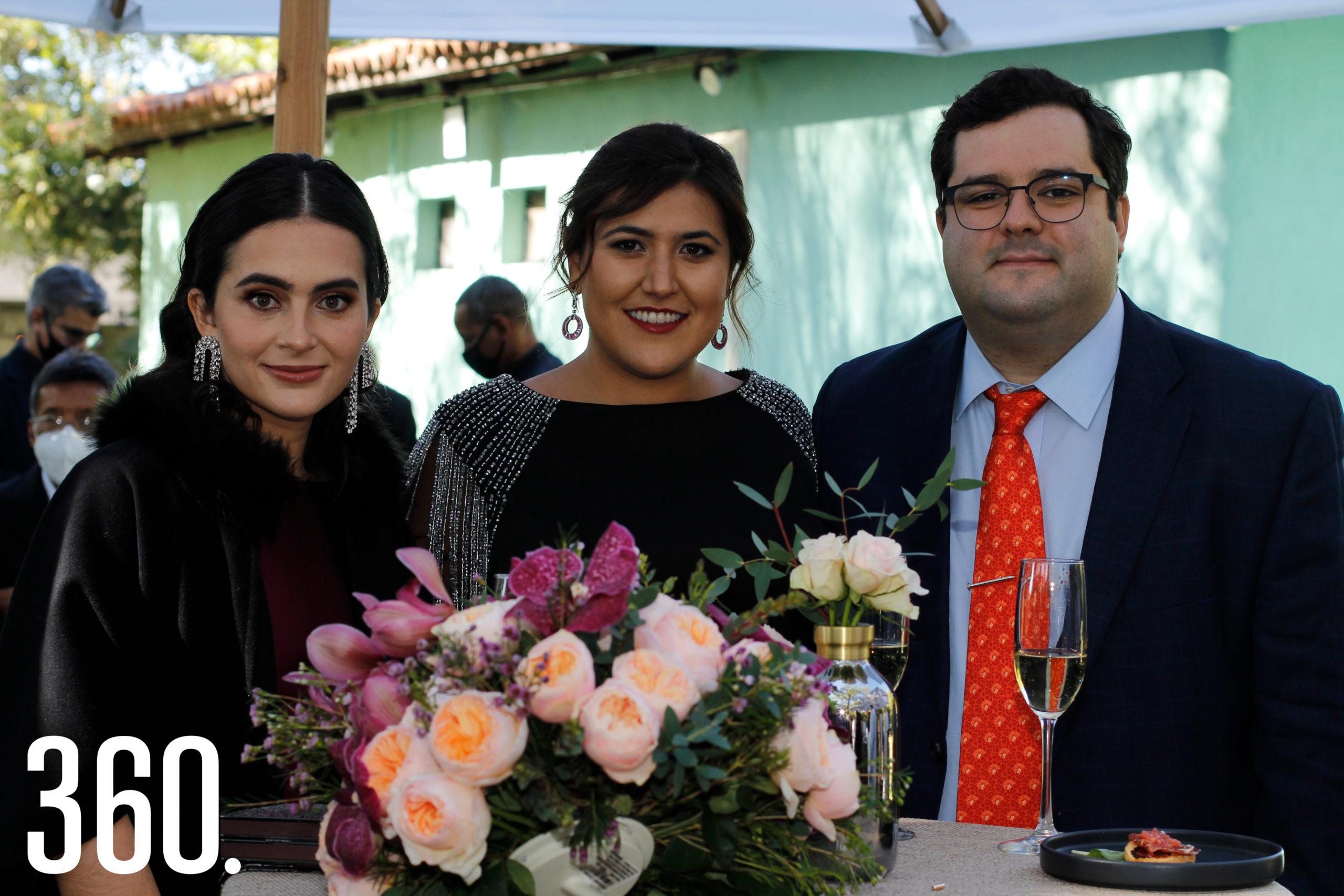 Paola Murguía, Eloisa Boardman y Jorge del Bosque.