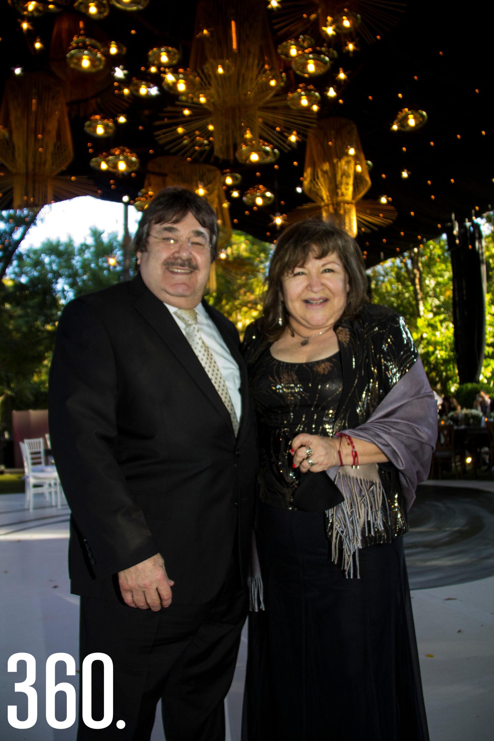 Nacho y Martha Flores.