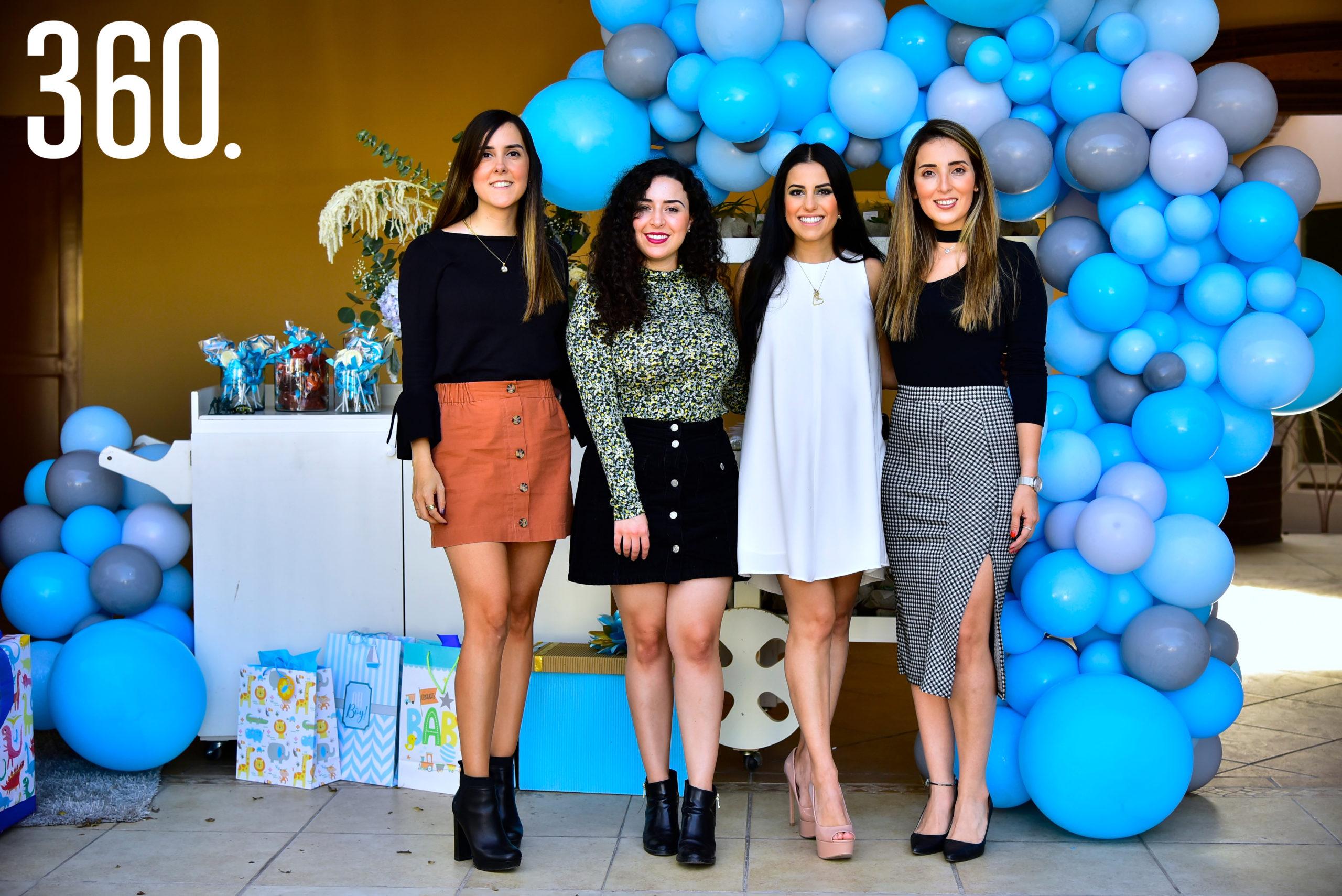 Adriana Ramírez, Melissa Cavazos, Andrea Iga y Georgina Garza.