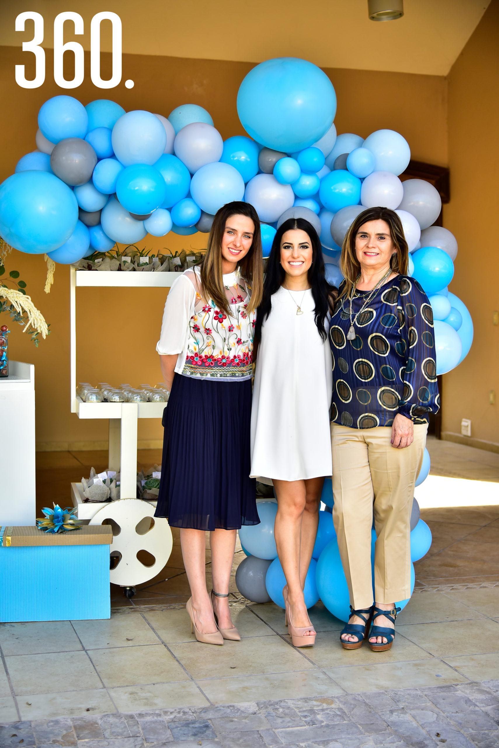 Diana Lucía Garza, Andrea Iga y Cristi Valdés.