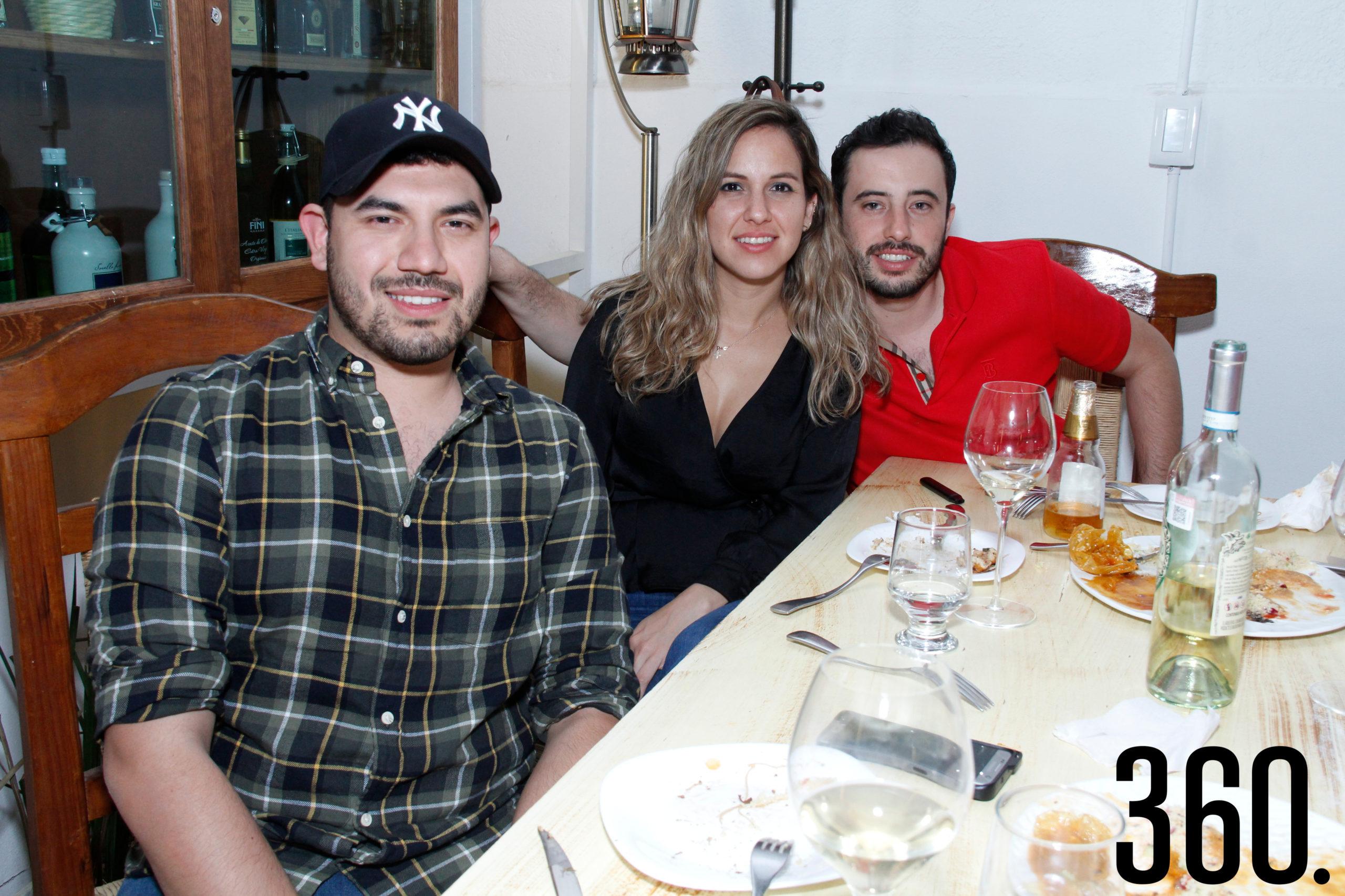 Omar Medrano, Patricia Vera y Marco Gómez.