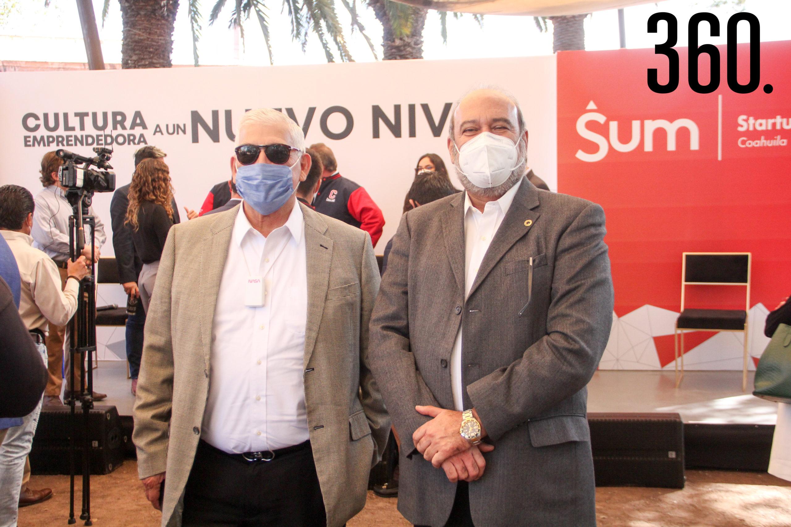 Eduardo Garza y José Antonio Lazcano.