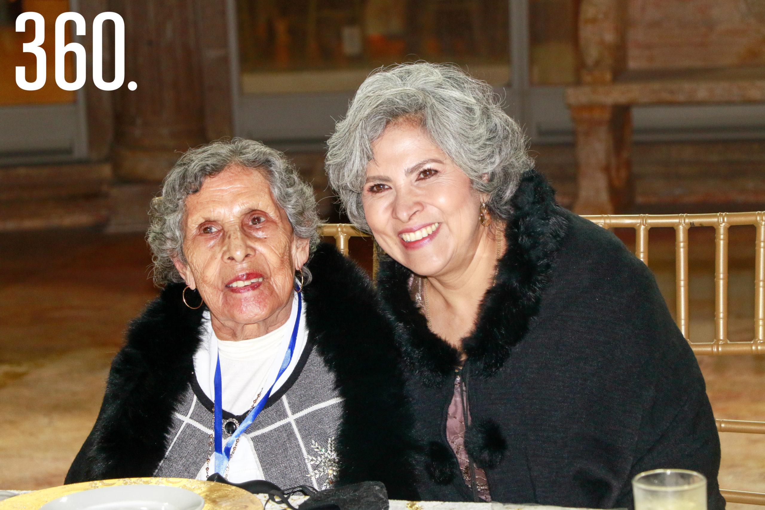 Higinia Encina y María Antonia Nájera.