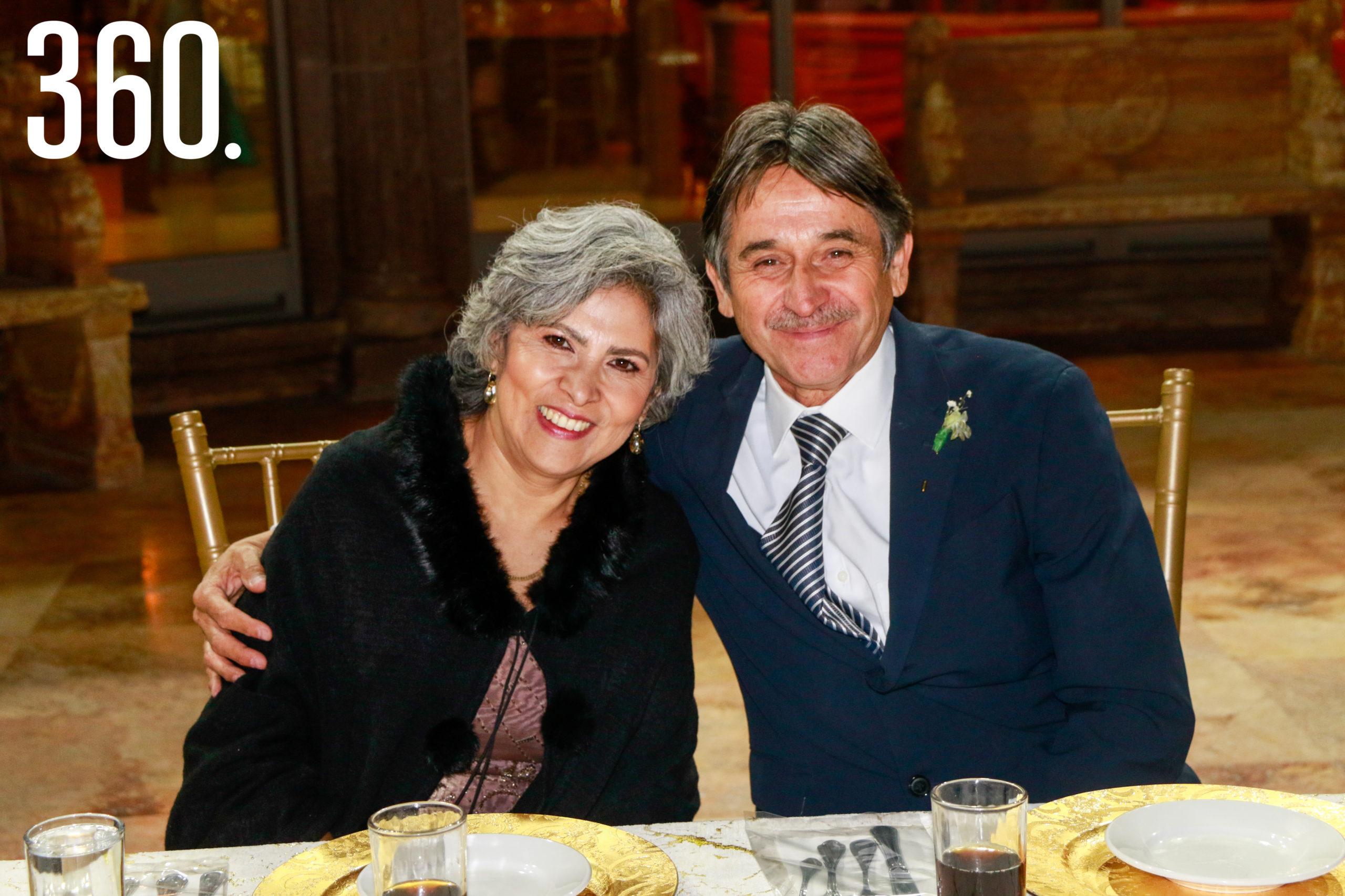 José Alejandro Villarreal y María Antonia Nájera.