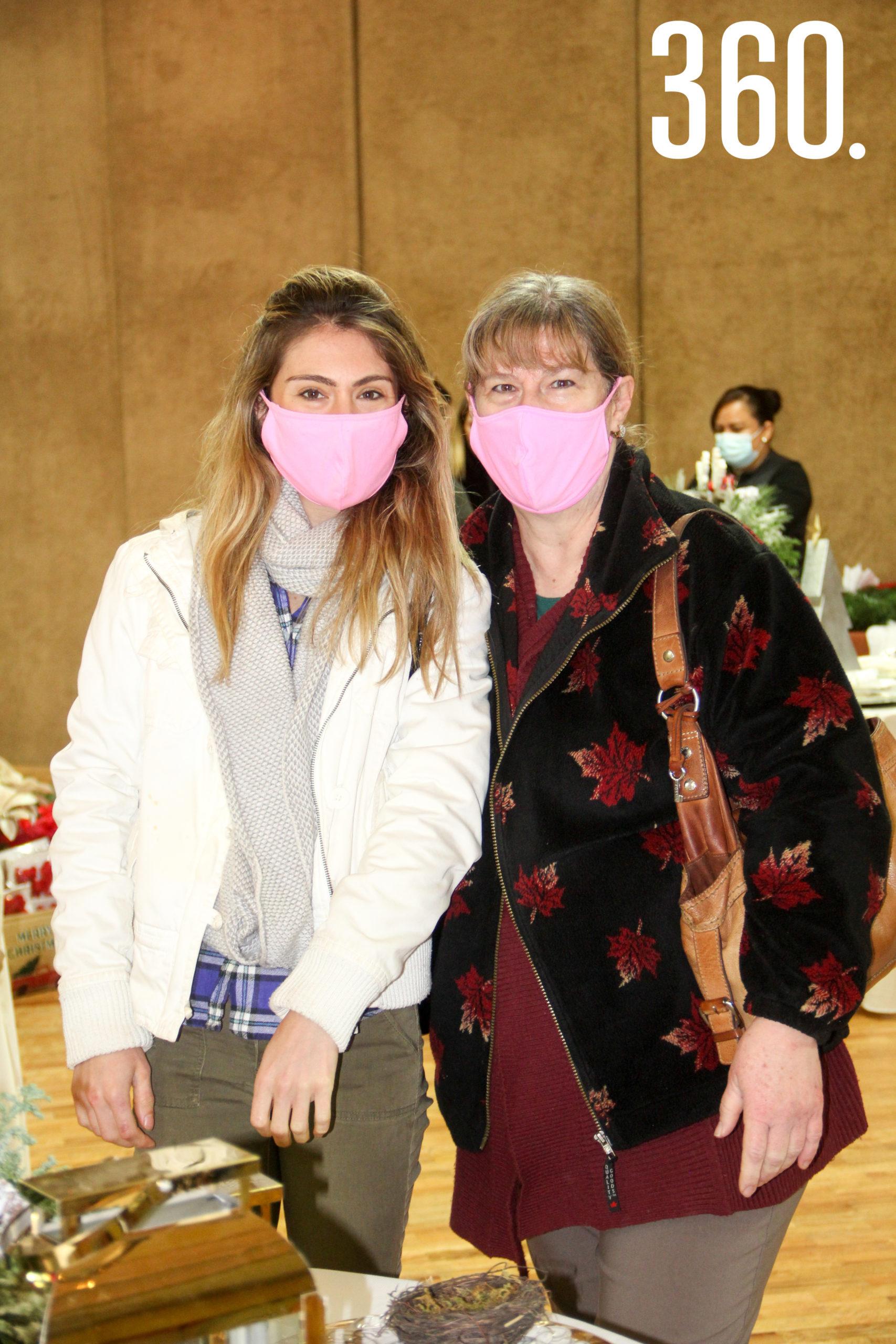 Paulina Cárdenas y Margarita Ochoa de Cárdenas.