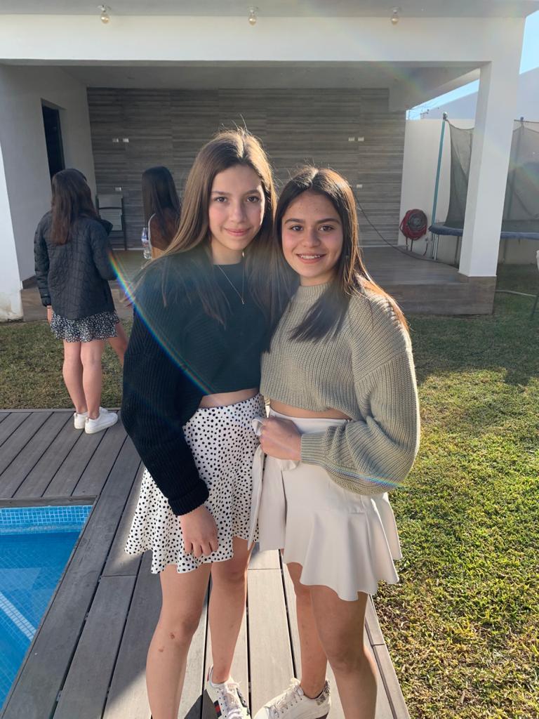 Marifer Verduzco y Andrea Alvarado.