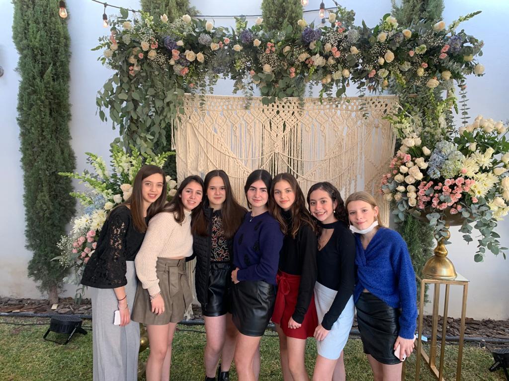 María Paula Recio, Ana María Dávila, Camila González, Fernanda Garza, Paola Fuentes, Annete Cárdenas e Isabella del Bosque.