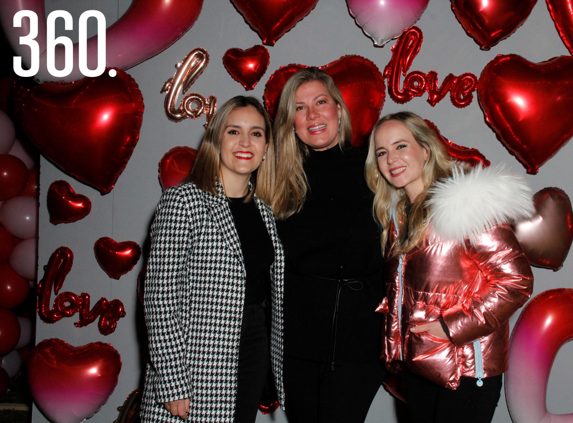 Lorena González, Aylin Gustafson y Liliana Cepeda refrendaron su amistad en Il Mercato Gentiloni.