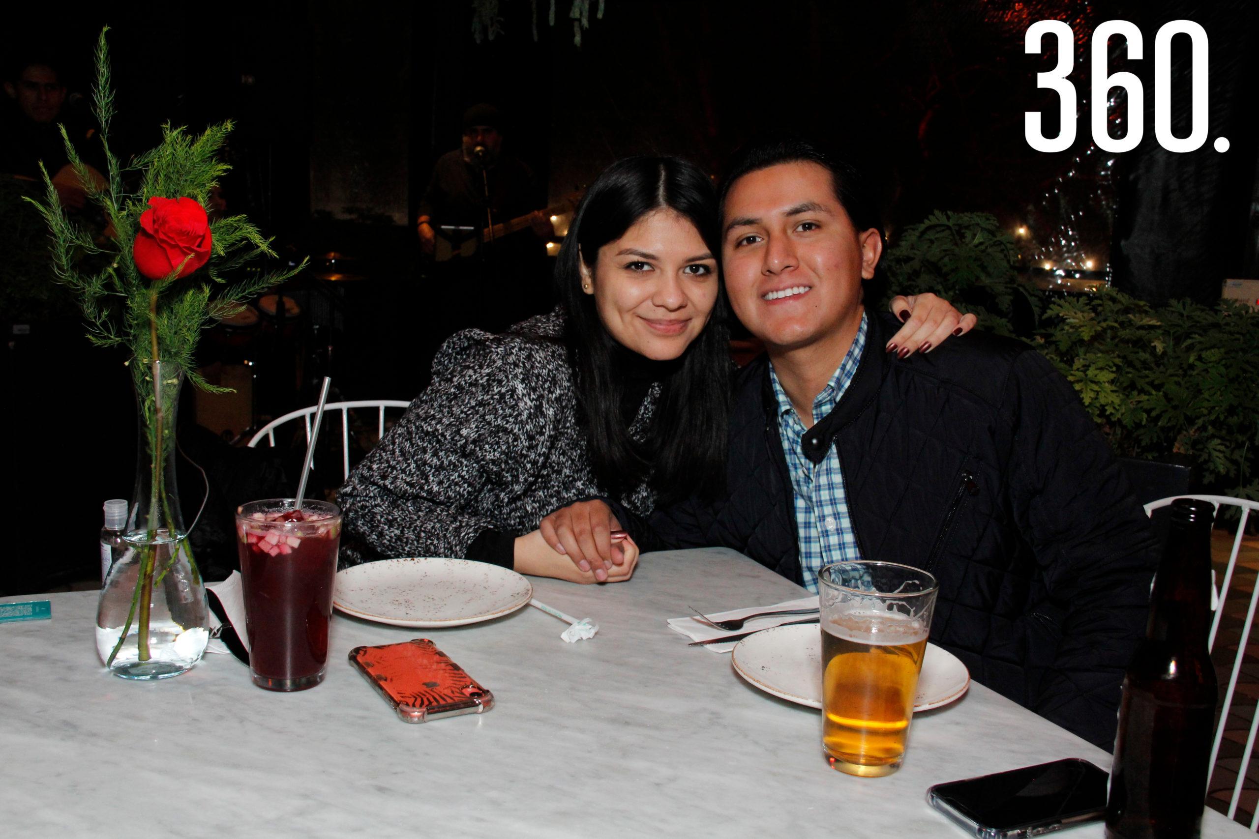 Alejandra Pérez y Mario Sosa.
