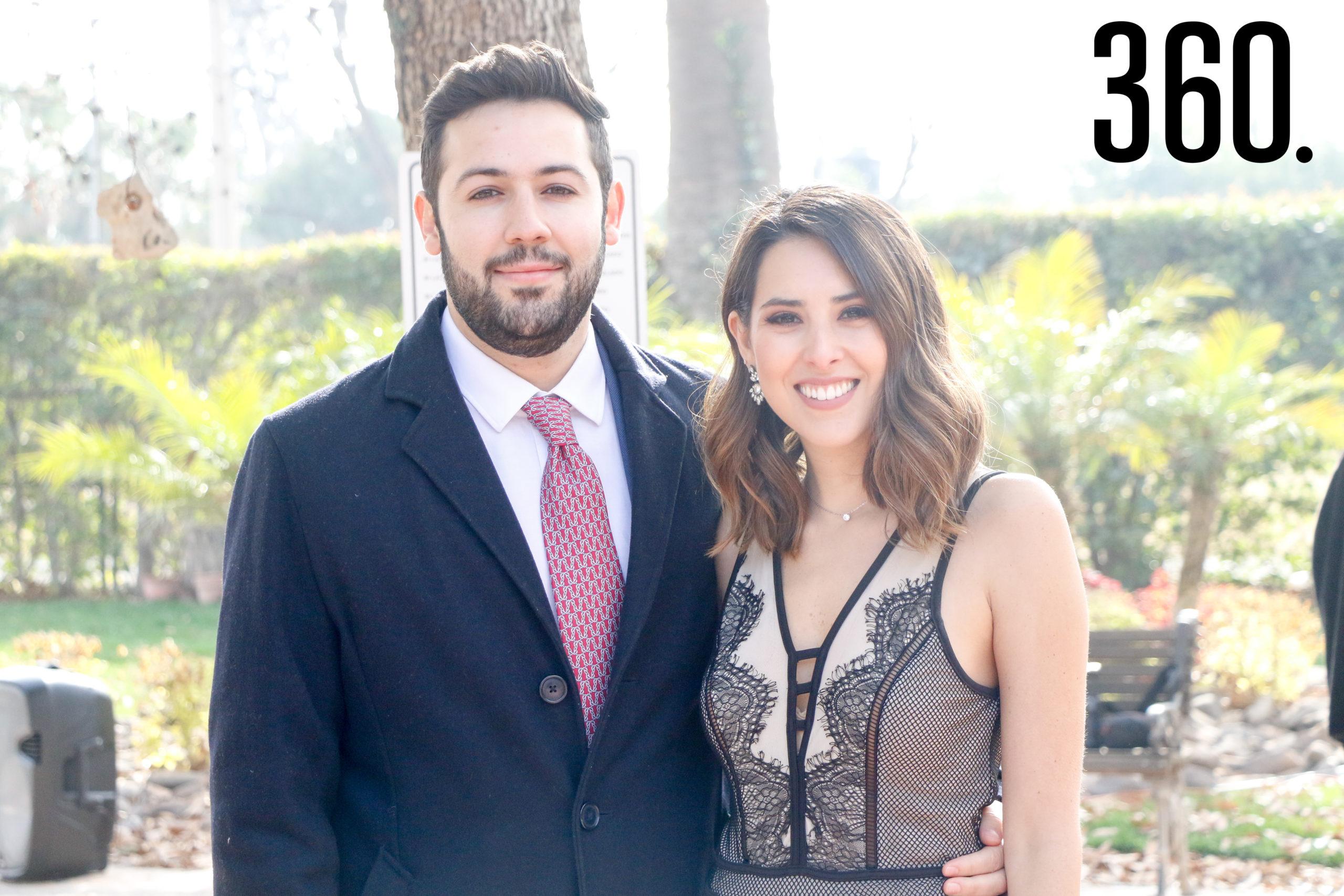 Gabriel de la Mora y Paola Bejar.