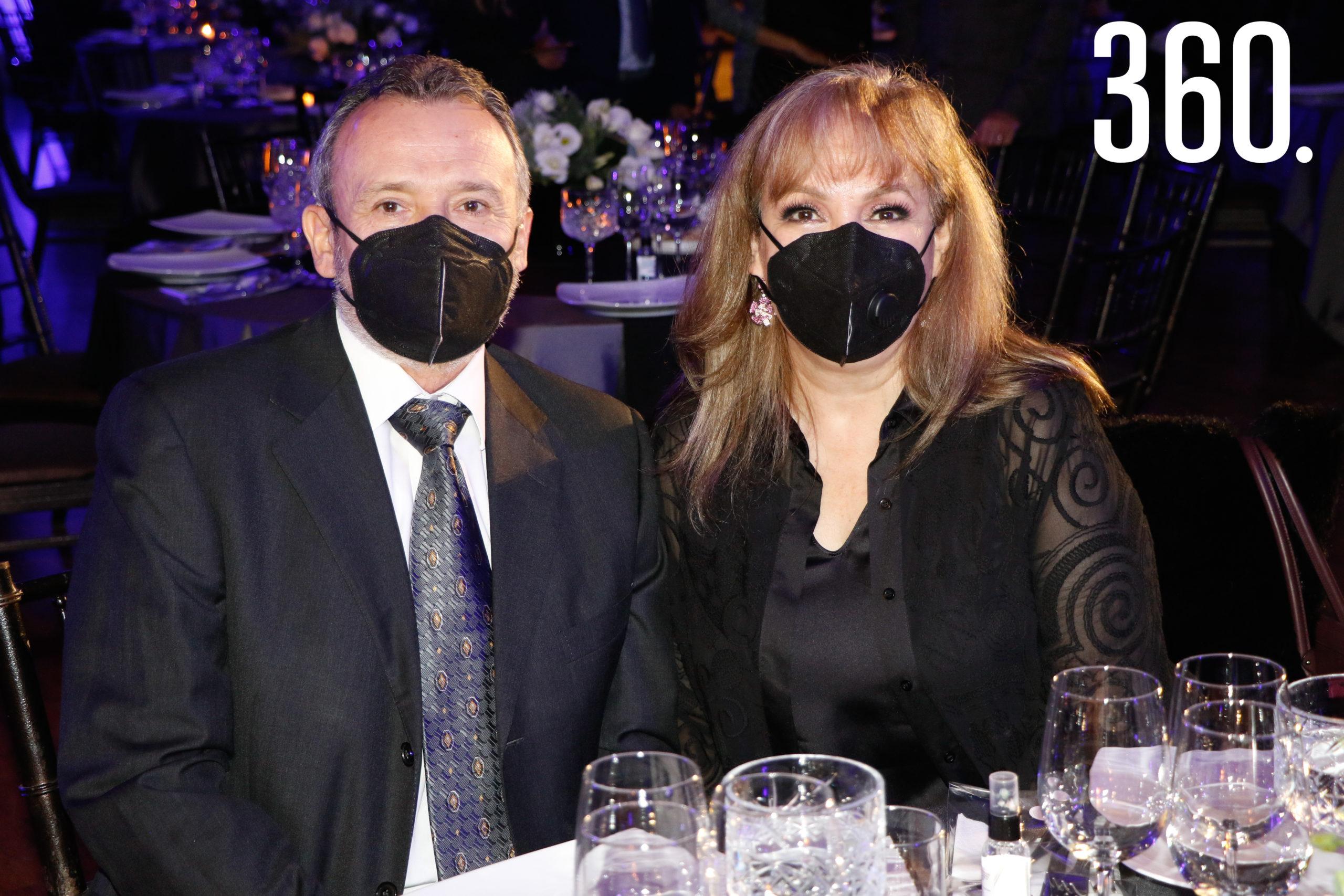 Jaime Mejía y Miriam Cárdenas de Mejía.