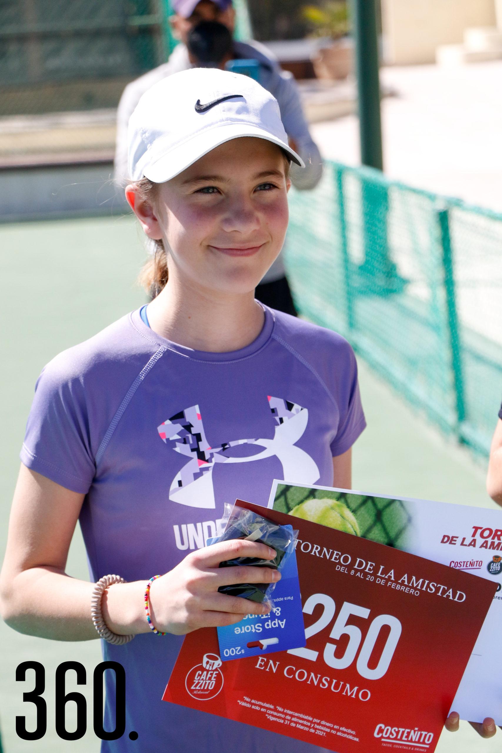 Andrea Siller, campeona de categoría 12 mixtos.