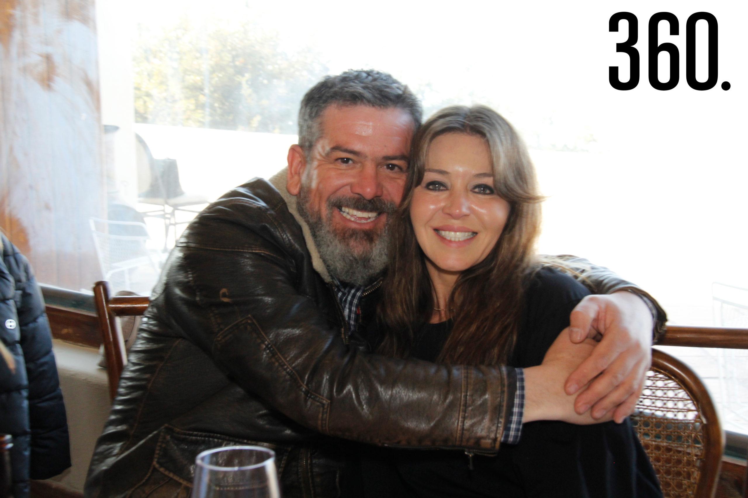 Javier González Pader e Hilda Jurado de González.