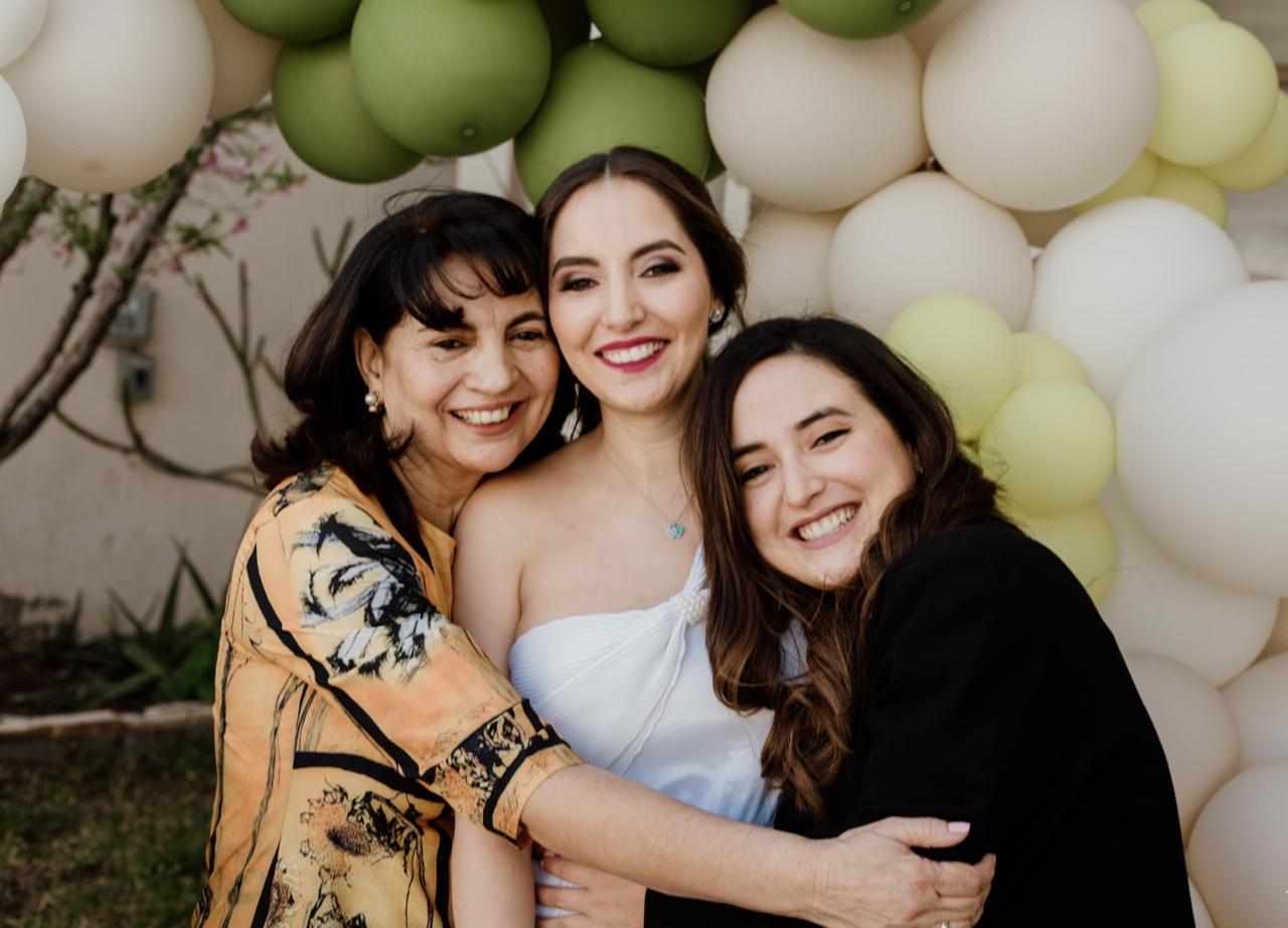 Dency de Villela, Carolina Villela y Marcela Villela