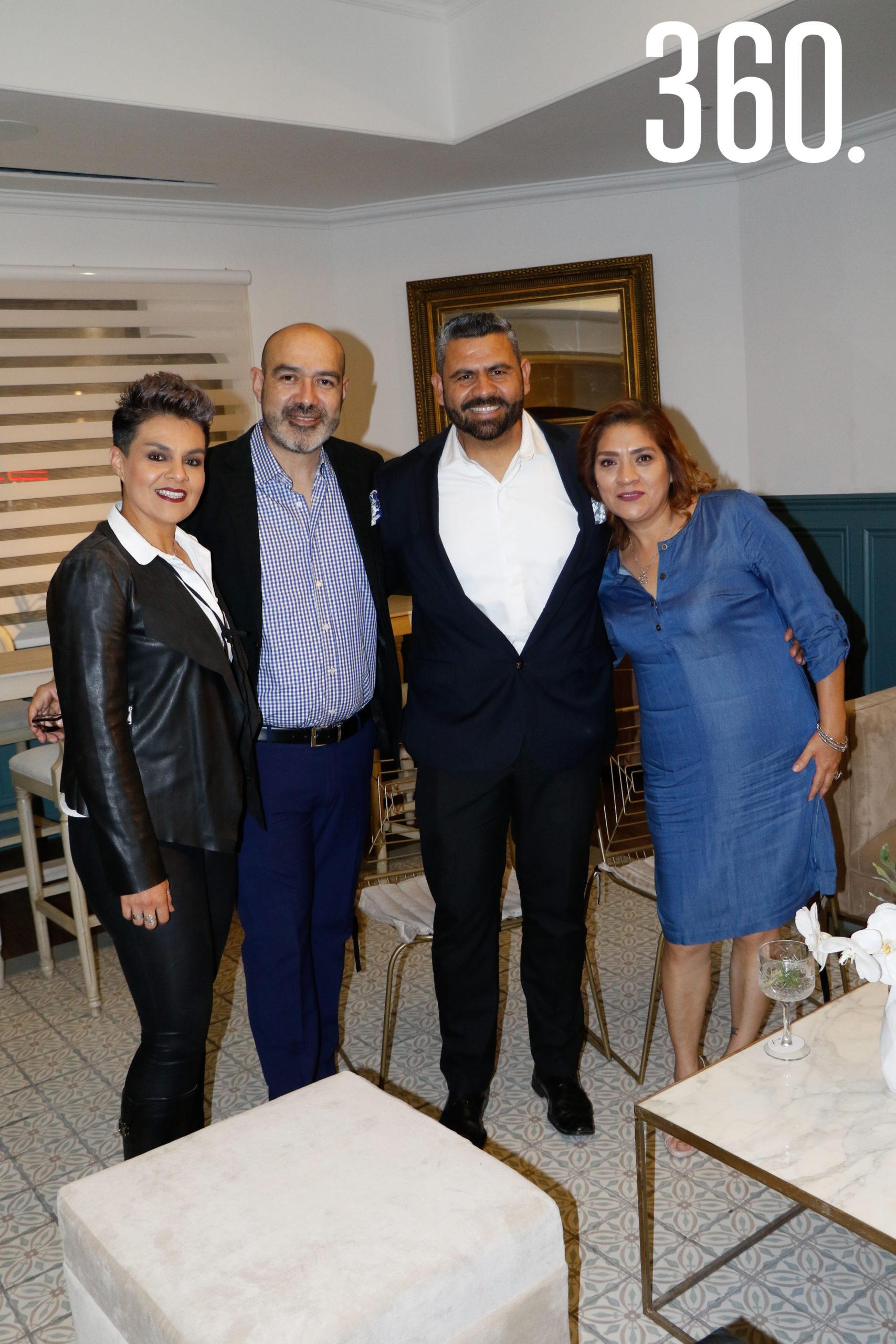 Ana López, Joel Huerta, Omar Dávila de Huerta y Estela Barojas.