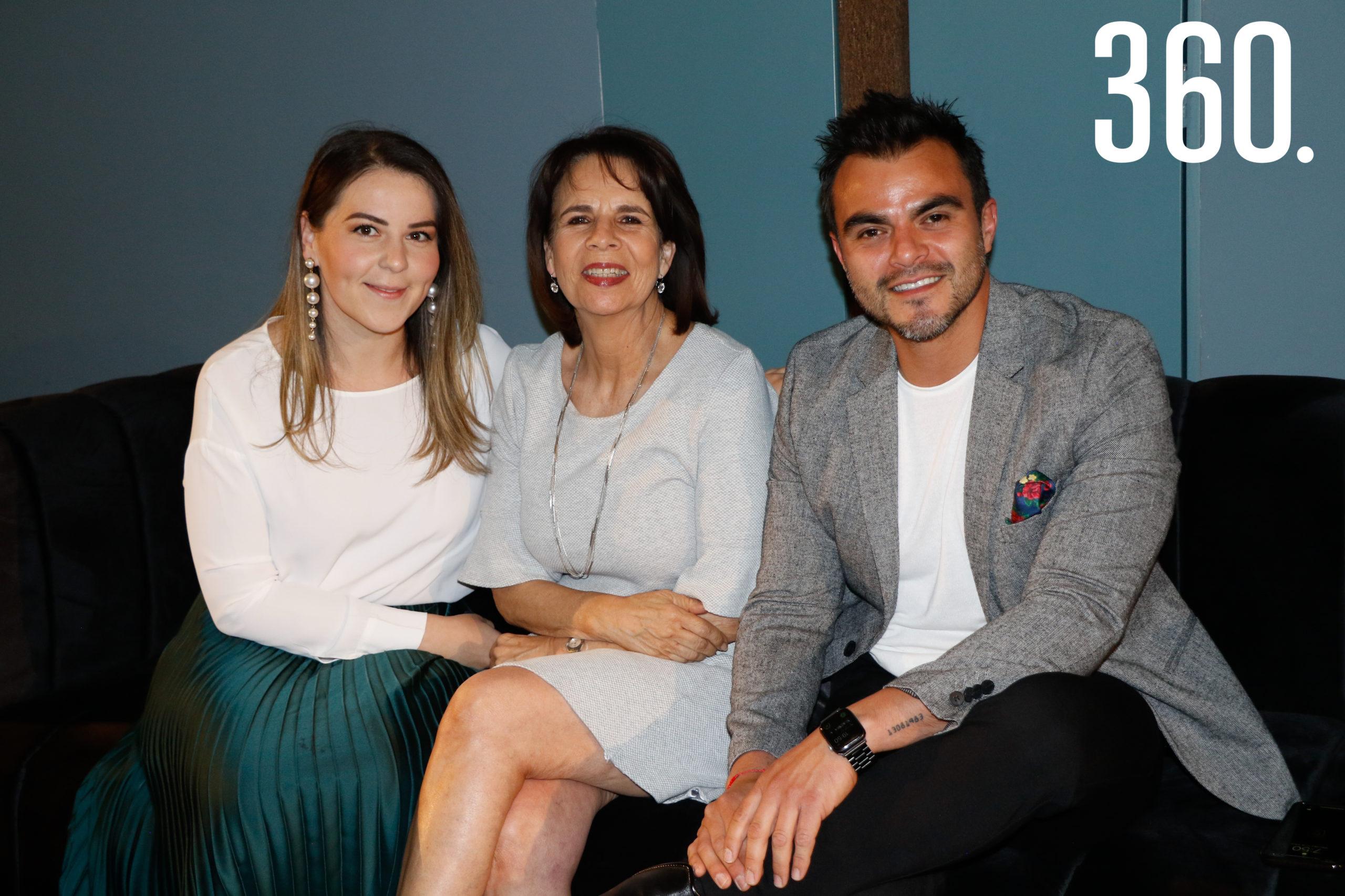 Blanca González, Ariana Talamás y Ricardo Sandoval.
