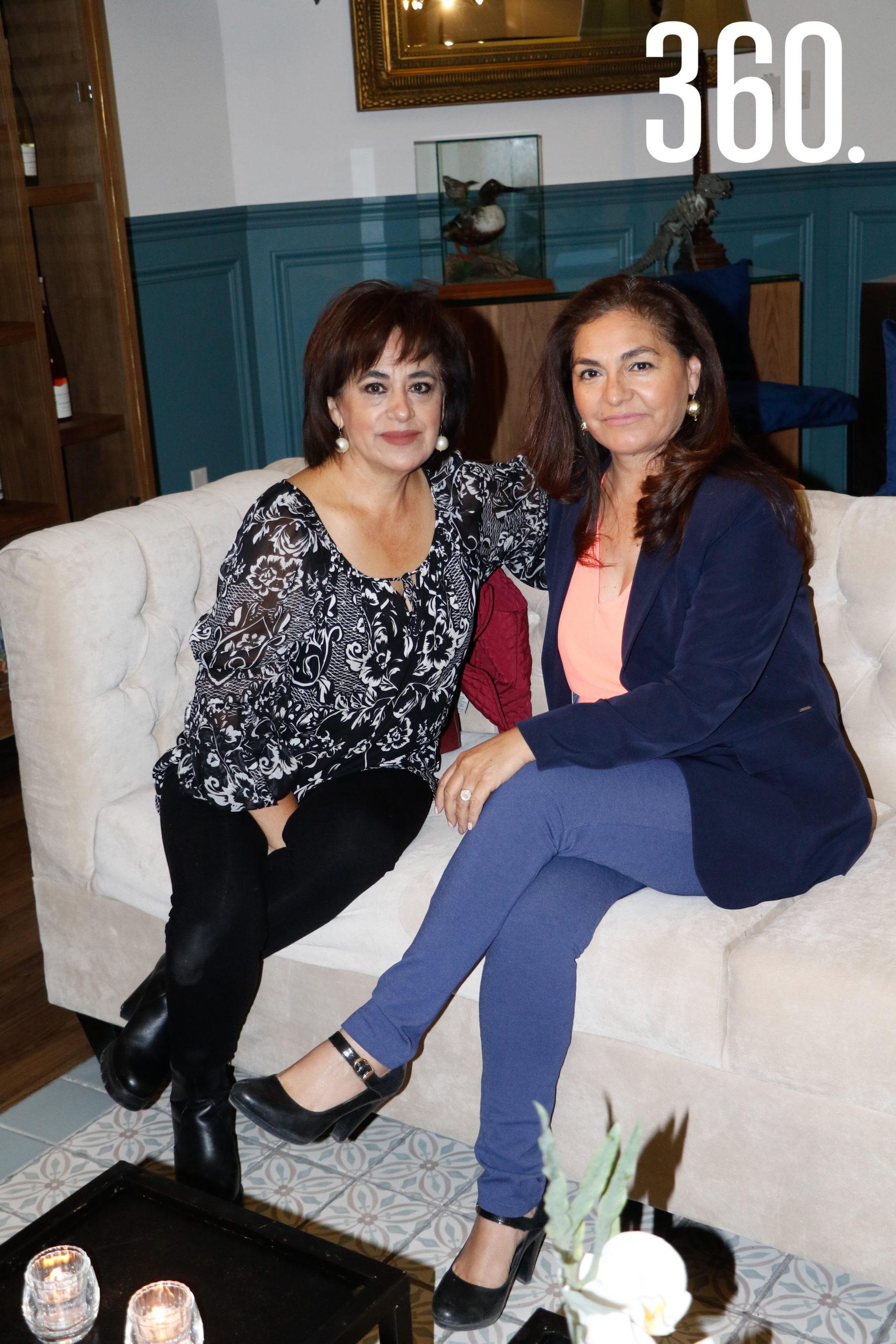 Patricia y Aracely Montelongo.