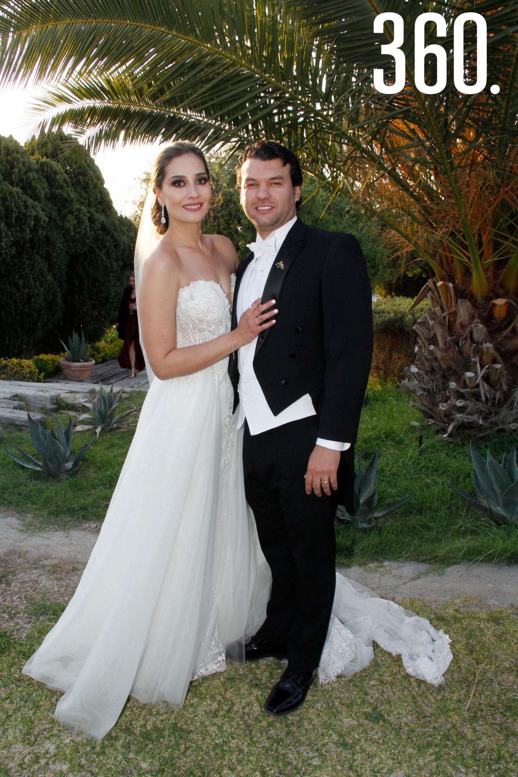 Andrea Hernández de la Mora y Álvaro Arzamendi Álvarez consagraron su amor ante Dios.