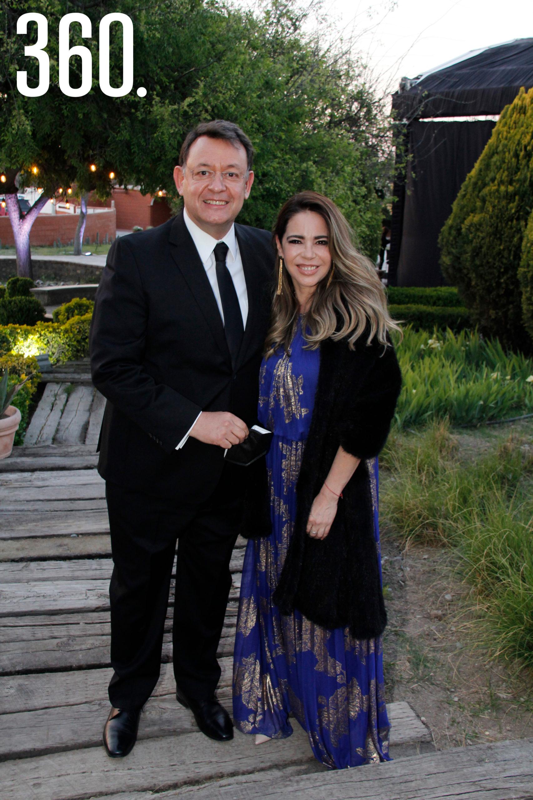 Lauro Cortés y Laura Farías.