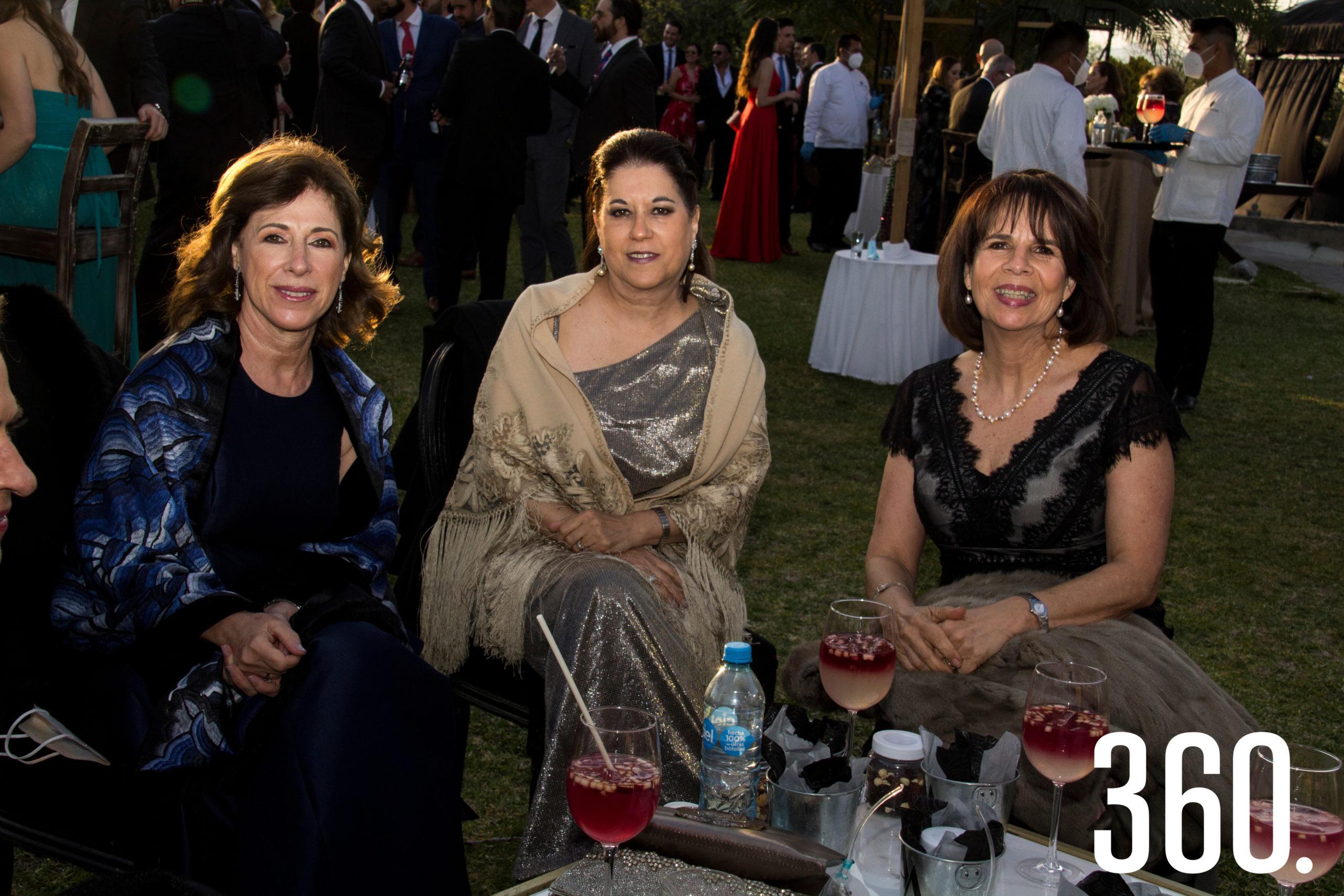 Bony Guajardo, Paulina de la Garza y Adriana Talamás.