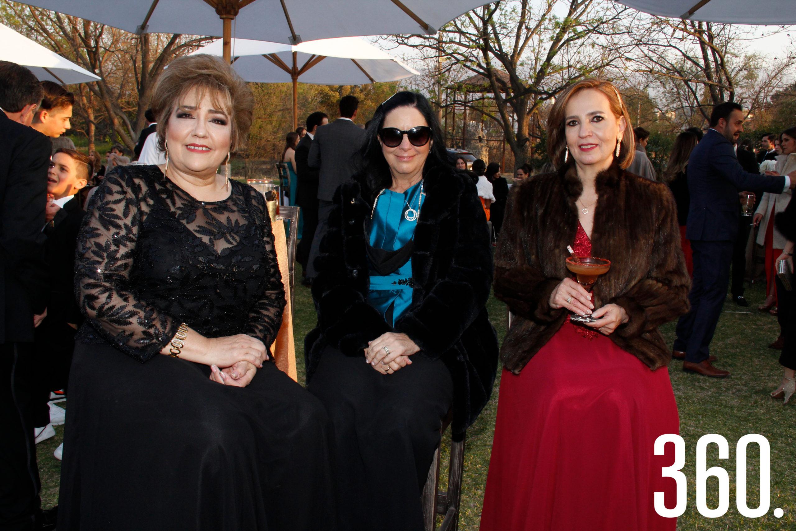 . Cuquis Ballesteros, Pilar Candia y Patricia de la Mora.
