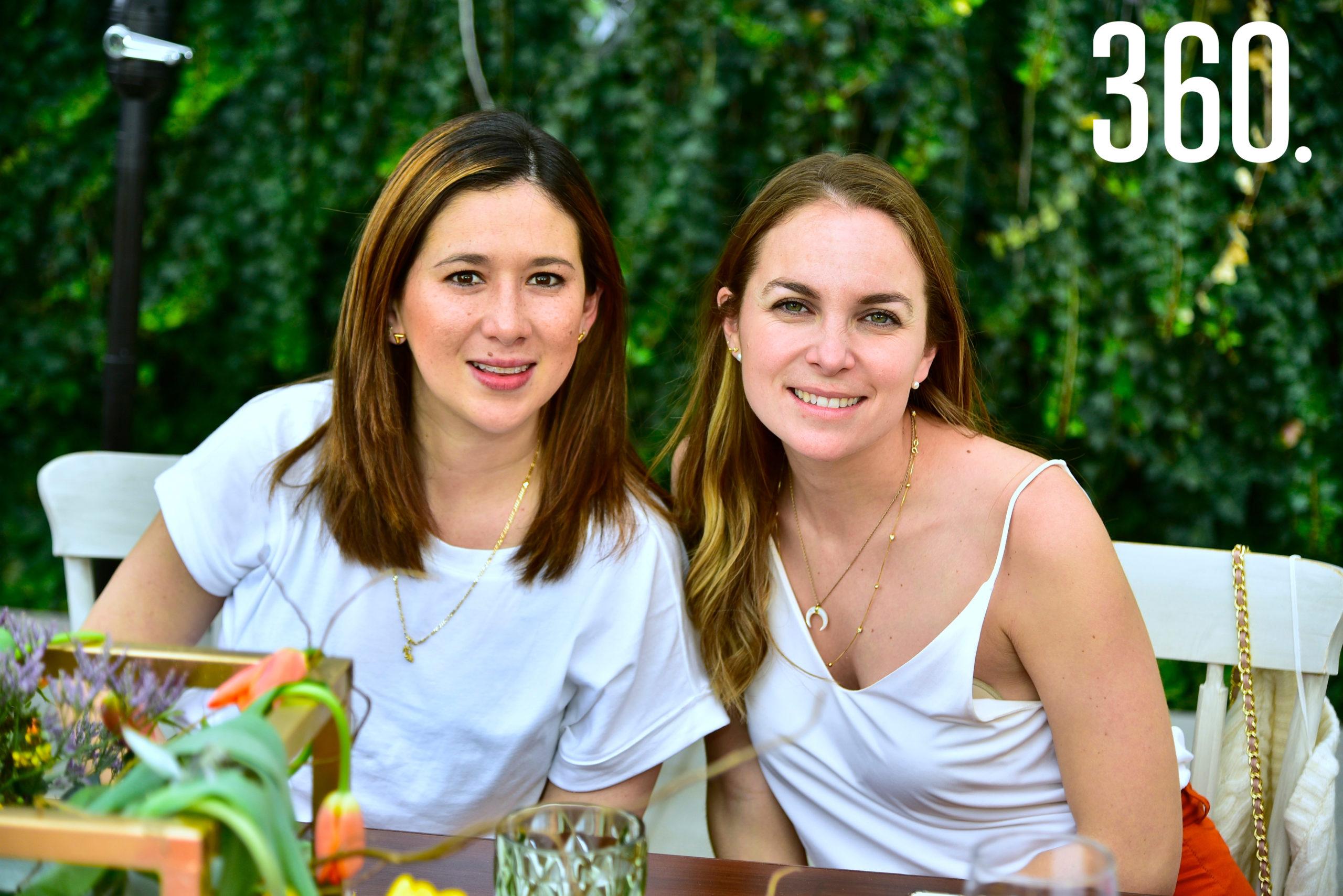 Julissa Chávez y Mónica Carrillo.