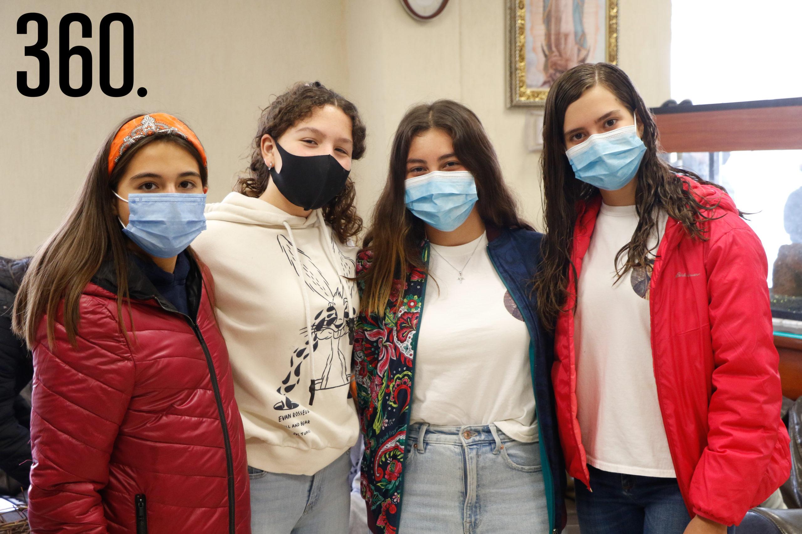 Balbina Langle, Mia Barella, Ivanna Galindo y Cecilia Fernández.