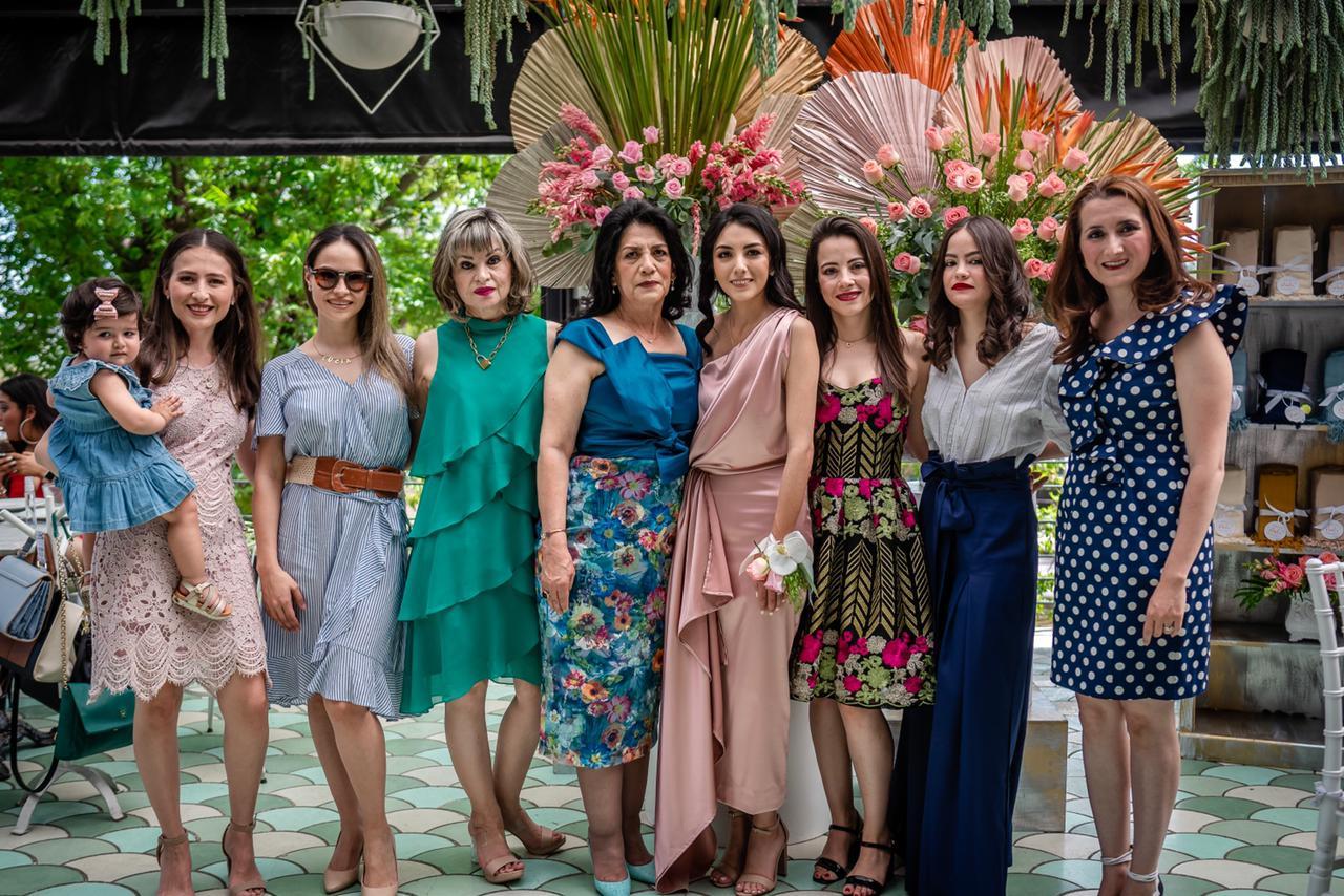 Elenita Rodríguez, Martha Coss, Lucía Rodríguez, Laura Patricia García, María Elena Vázquez, Paola Rodríguez, Andrea Rodríguez, Eliza Rodríguez y Cynthia Valdés.