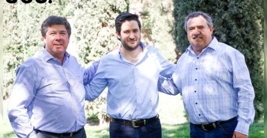 Alejandro Dávila acompañado de su suegro Sergio Arsuaga y su papá Alejandro Dávila.