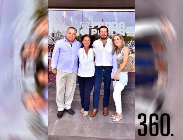 Jorge César, Patricia Gómez de César, Chuy César y Marijose César.