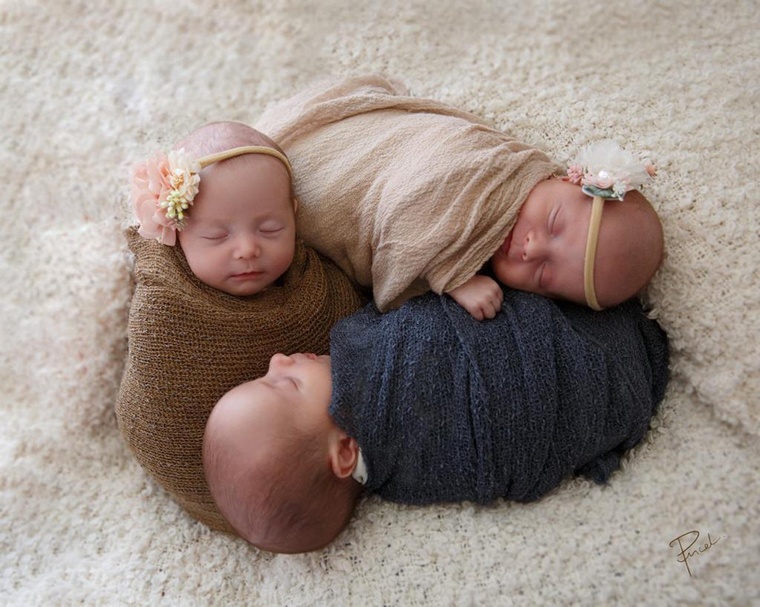 Los trillizos nacieron de 35 semanas.