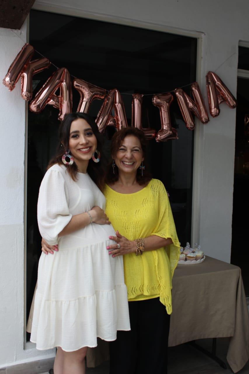 Paulina de la Torre y su mamá, Martha Montero.