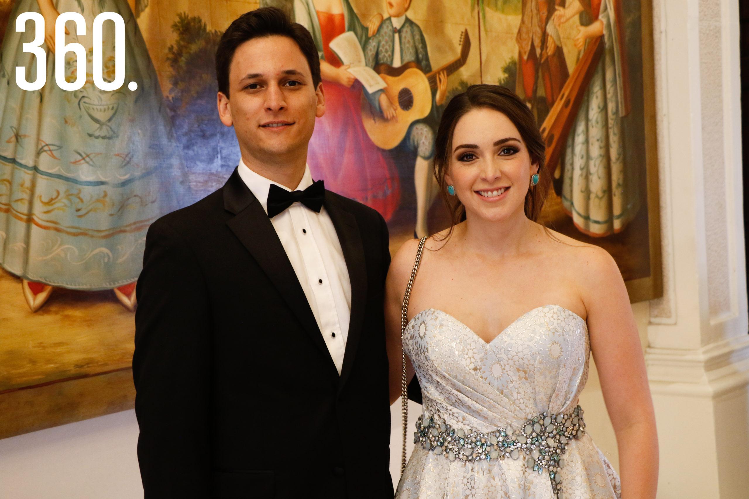 Mario Diego y Valeria Dávila.