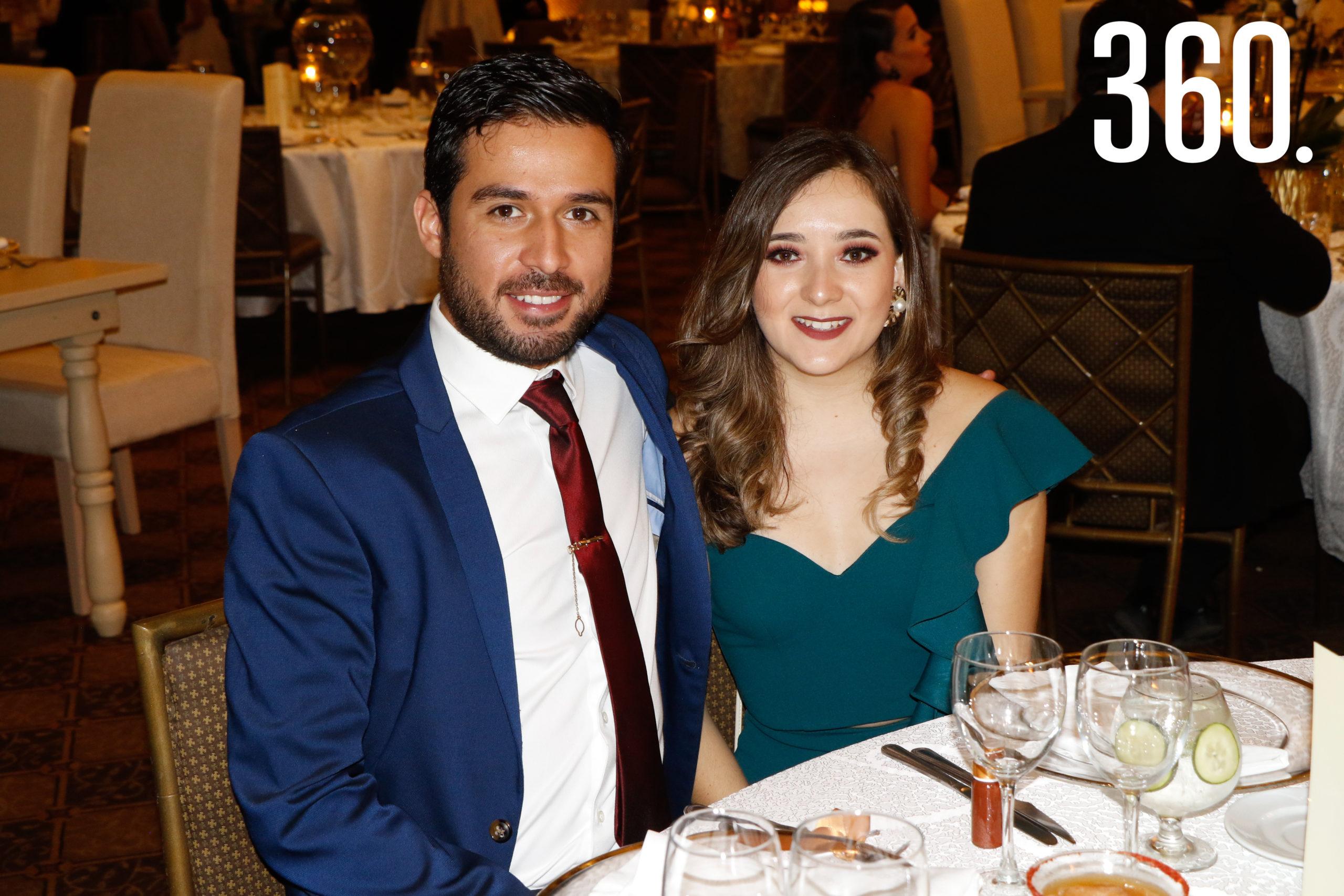 Óscar Aragón y Paulina Maciel.